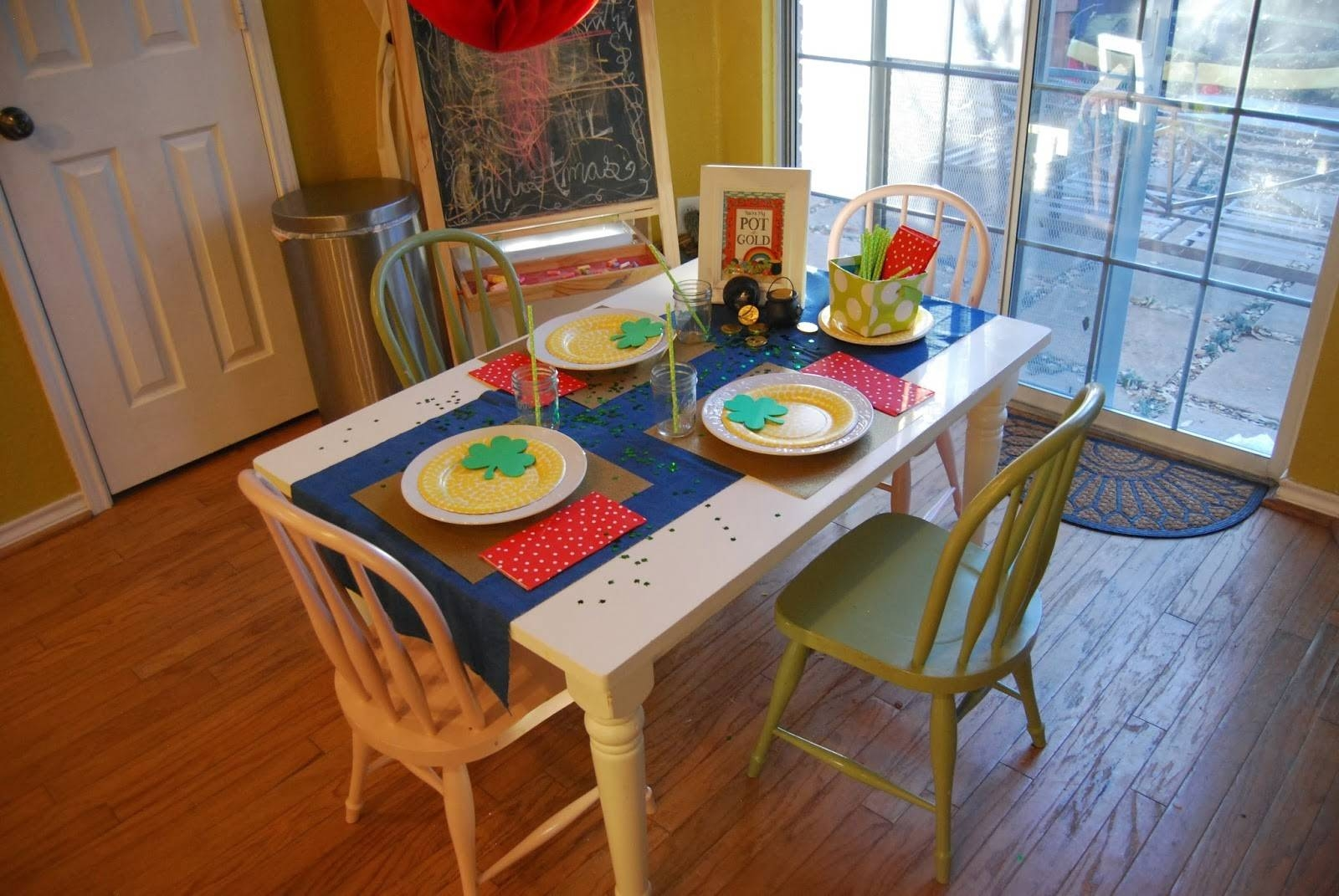 Momfessionals: Kids Table with regard to Kids Coffee Tables (Image 22 of 30)