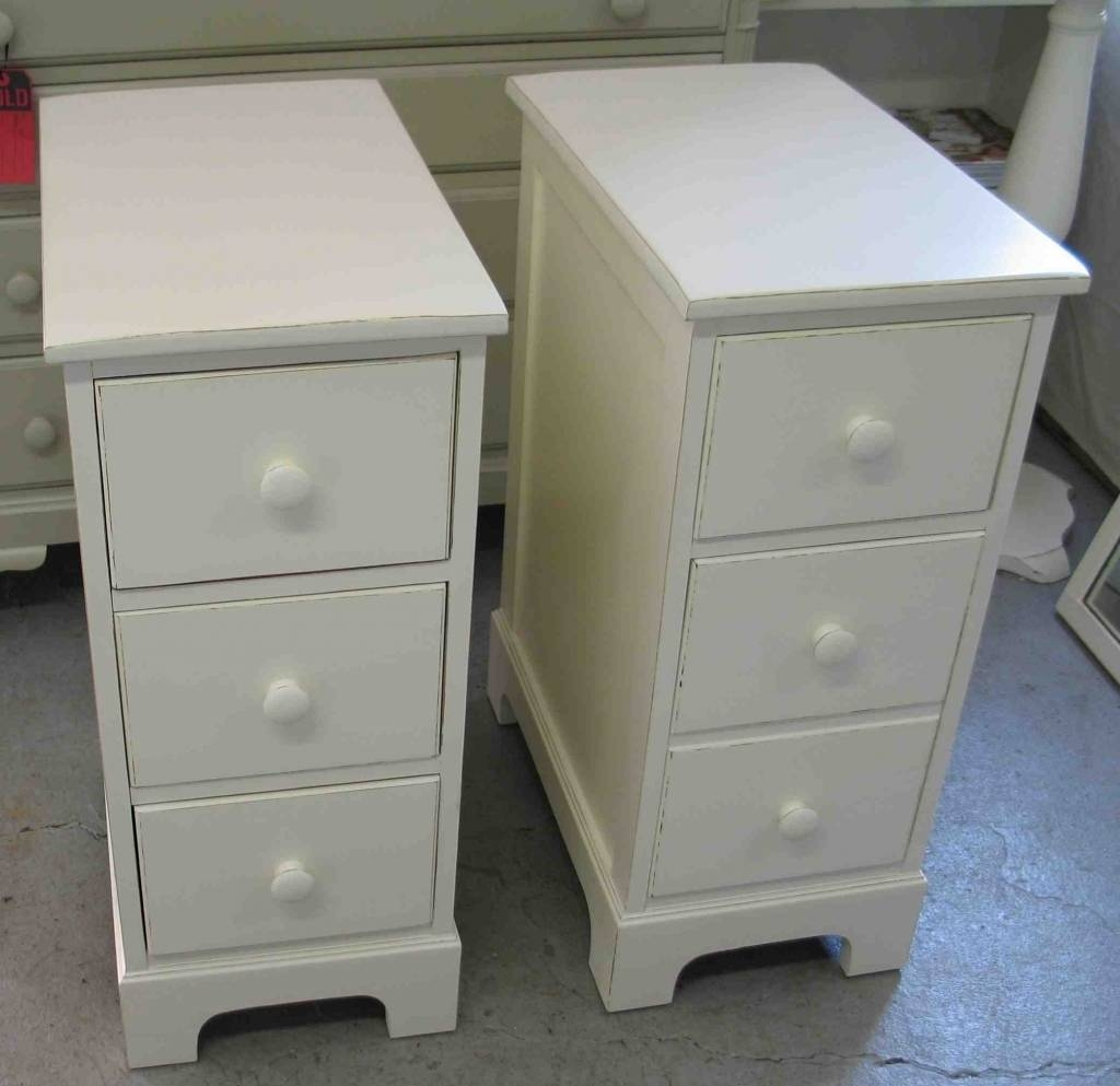 Narrow Bedside Table Side With Drawers Bfaaccdda - Amys Office inside Small Coffee Tables With Drawer (Image 20 of 30)