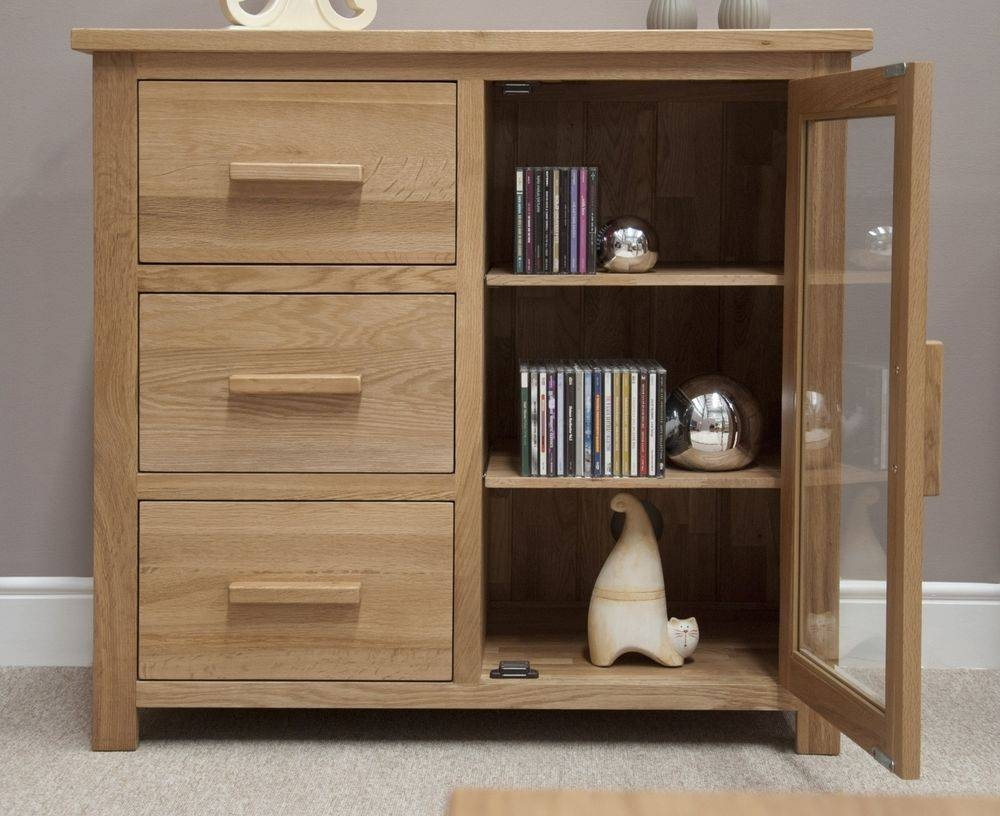 Nero Solid Oak Furniture Small Glazed Sideboard Cd Dvd Storage with regard to Small Sideboard Cabinets (Image 12 of 30)