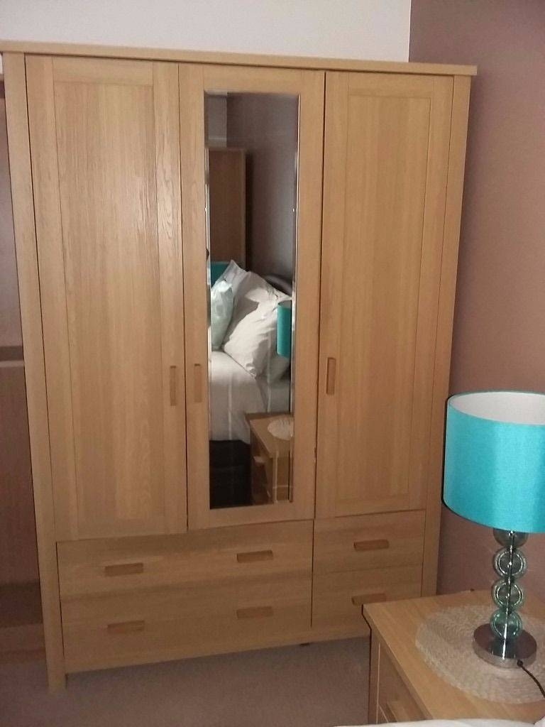 Oak Wardrobes For Sale - Also 2 Bedside Drawers And 2 Chests Of regarding Oak Wardrobes For Sale (Image 8 of 15)