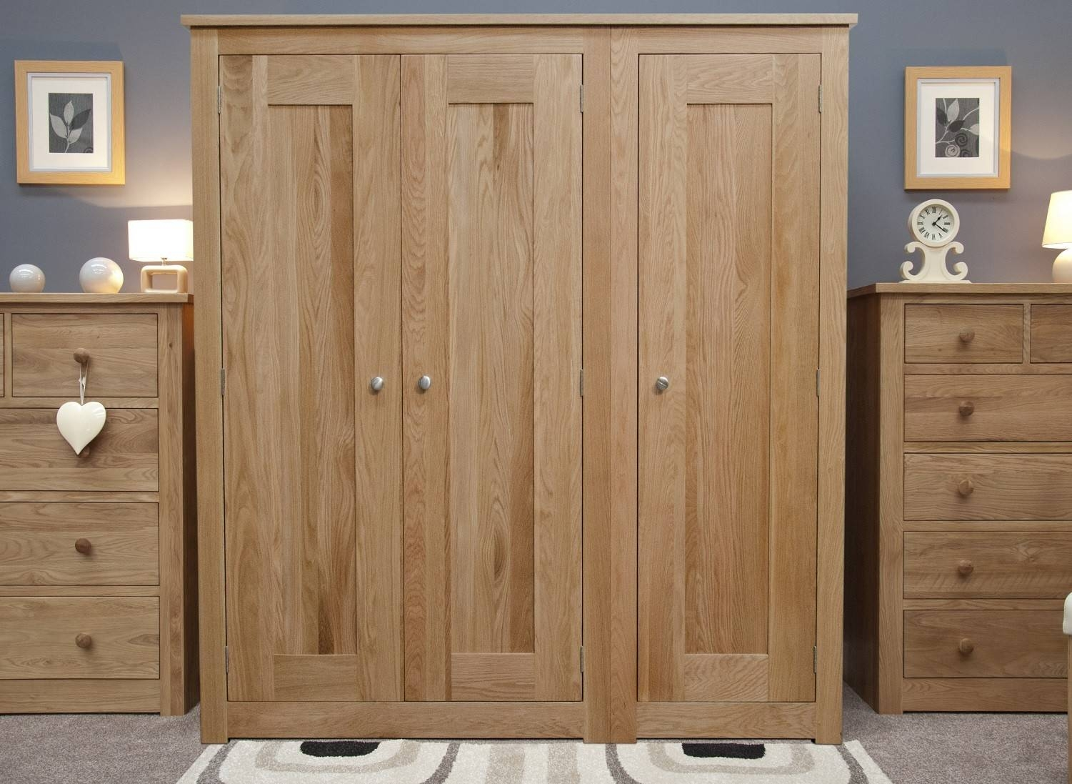 Oak Wardrobes | Oak Furniture Uk for Cheap Triple Wardrobes (Image 5 of 15)