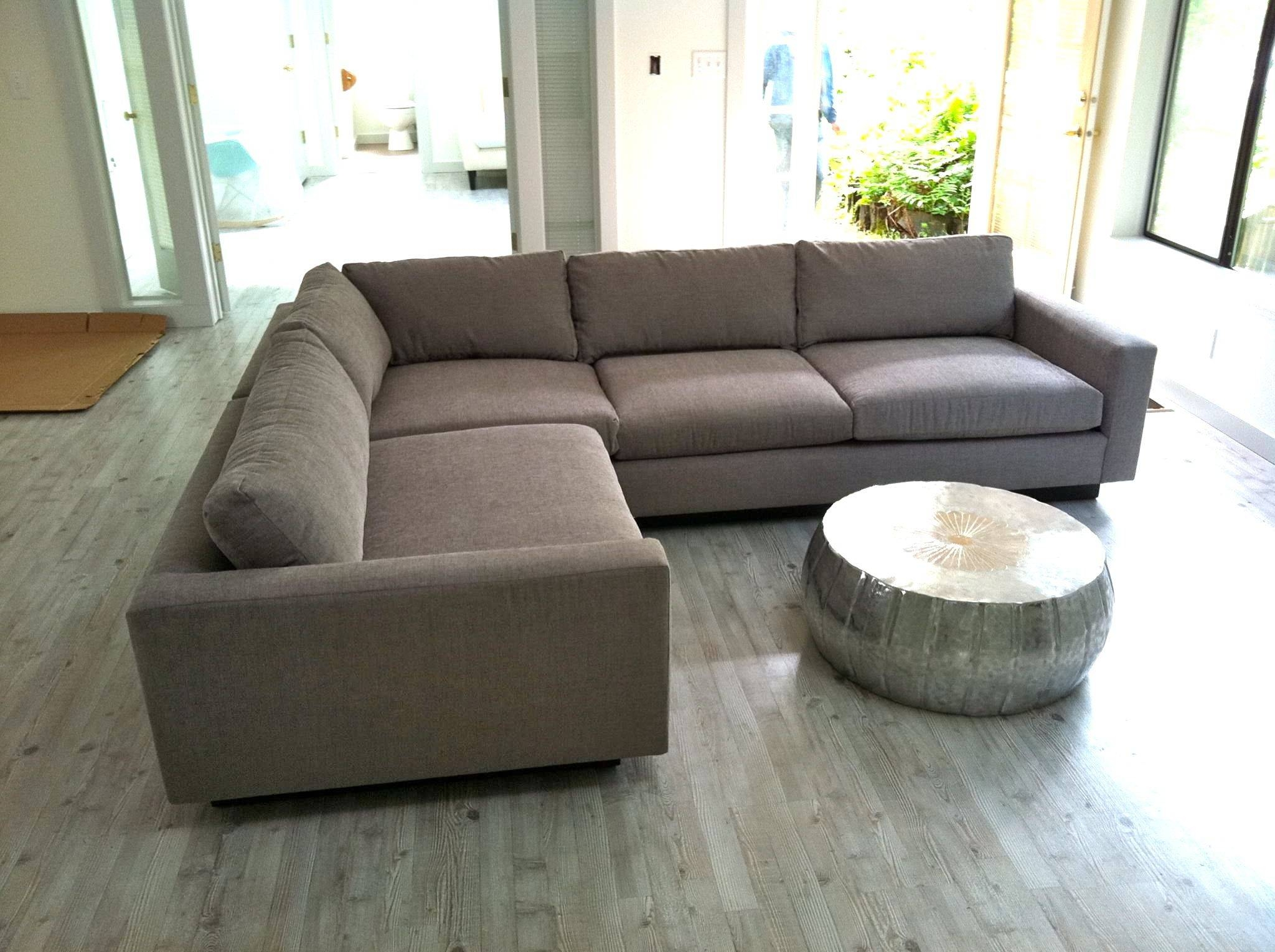 leg arm modern bentley apartment sofas sofa size apt and track products king with large hickory barnett leather furniture