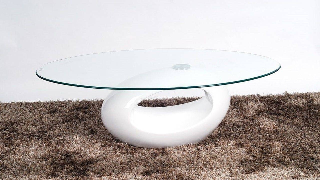 Oval Glass Coffee Table With White High Gloss Base - Homegenies inside White And Glass Coffee Tables (Image 23 of 30)