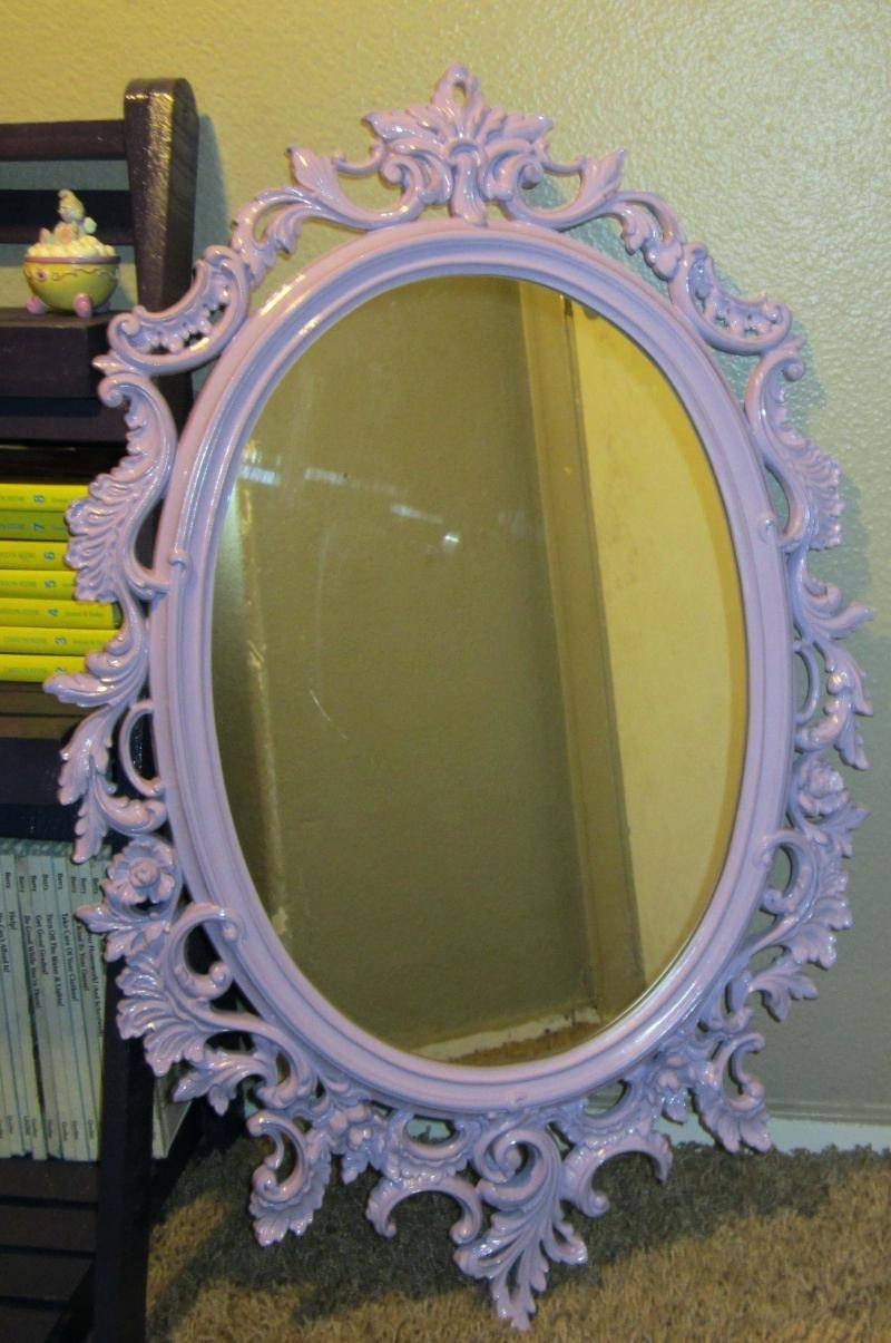 Featured Photo of Oval Shabby Chic Mirrors