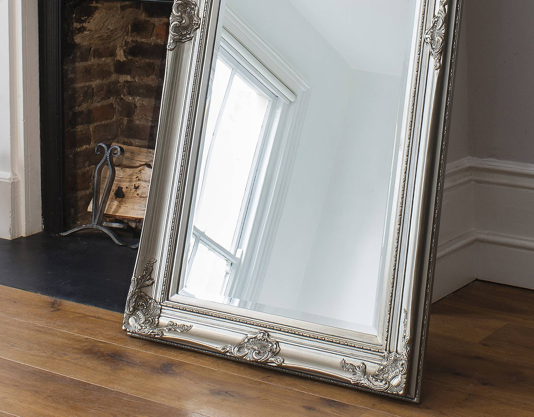 Oversized Floor Mirror Large Size Of Walmart Oversized Floor Pertaining To  Silver Floor Standing Mirrors