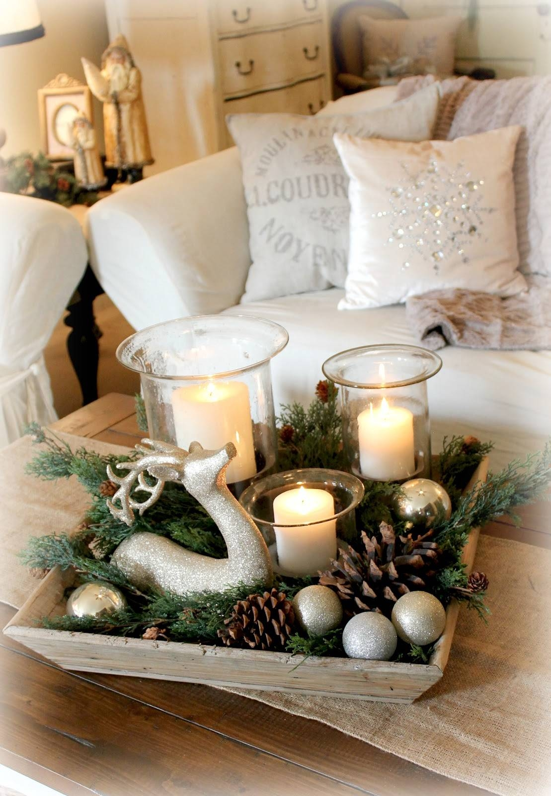 Featured Photo of Rustic Christmas Coffee Table Decors