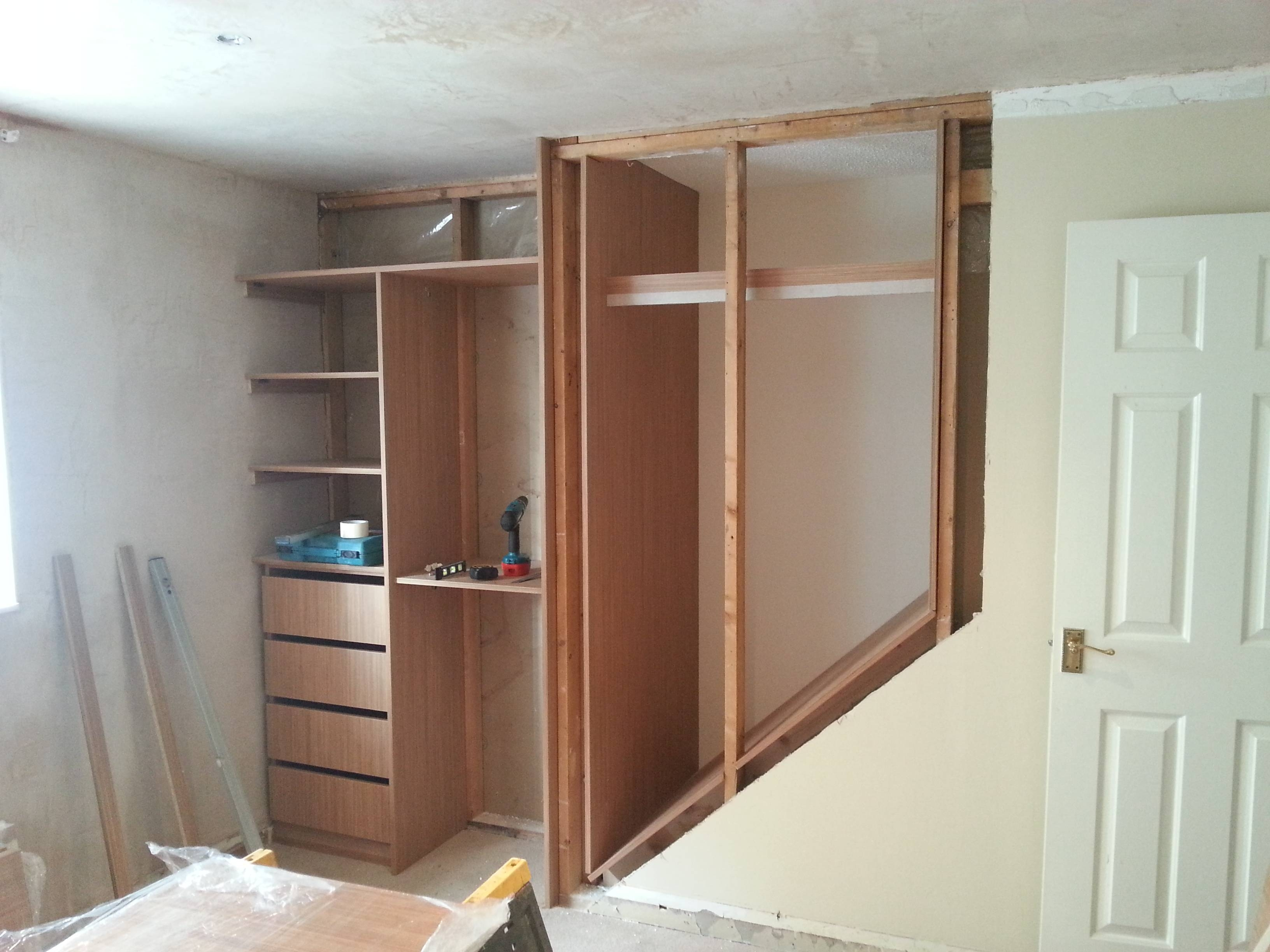 Real Room Designs | Image Gallery | Bedrooms in Built in Wardrobes With Tv Space (Image 28 of 30)
