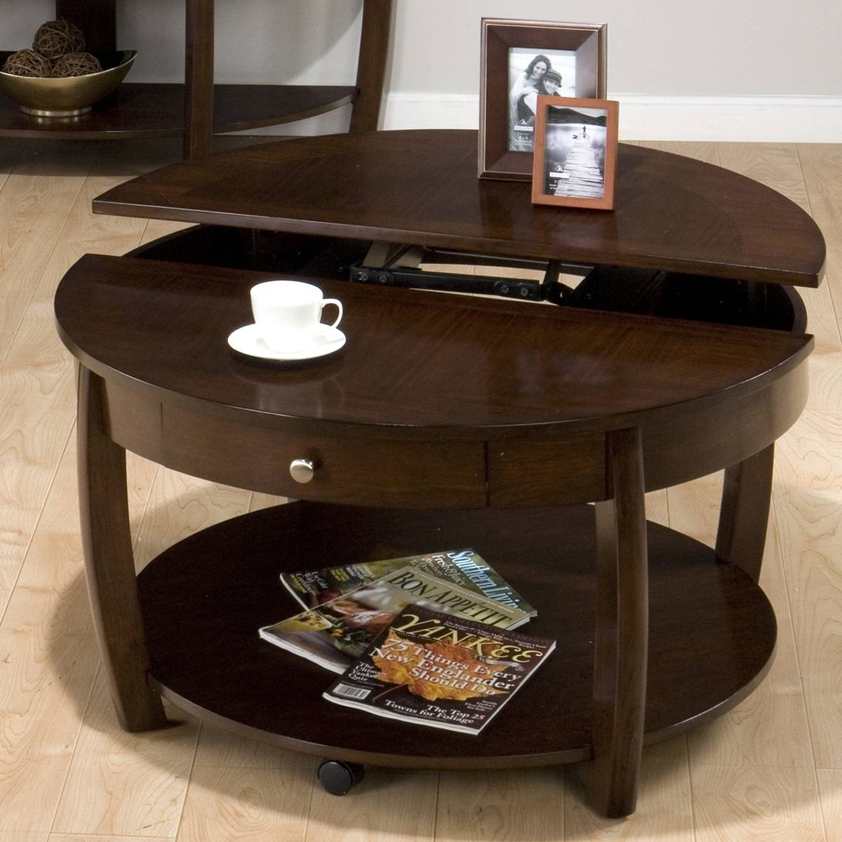 Round Lift Top Coffee Table With Ottomans | Coffee Tables Decoration inside Round Coffee Tables (Image 27 of 30)