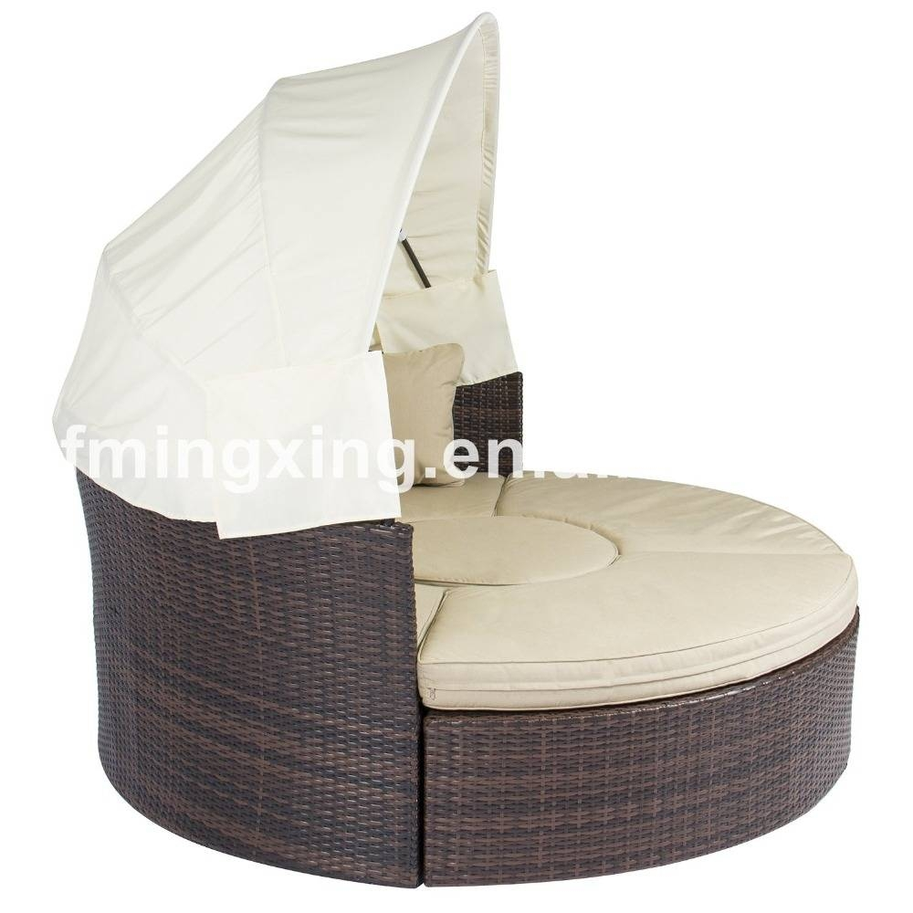 Round Sofa Furniture, Round Sofa Furniture Suppliers And for Round Sofa Chair (Image 21 of 30)