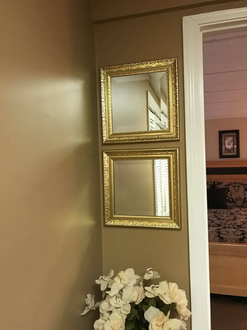 Set Of 2 Square Gold Mirrors regarding Square Gold Mirrors (Image 22 of 25)