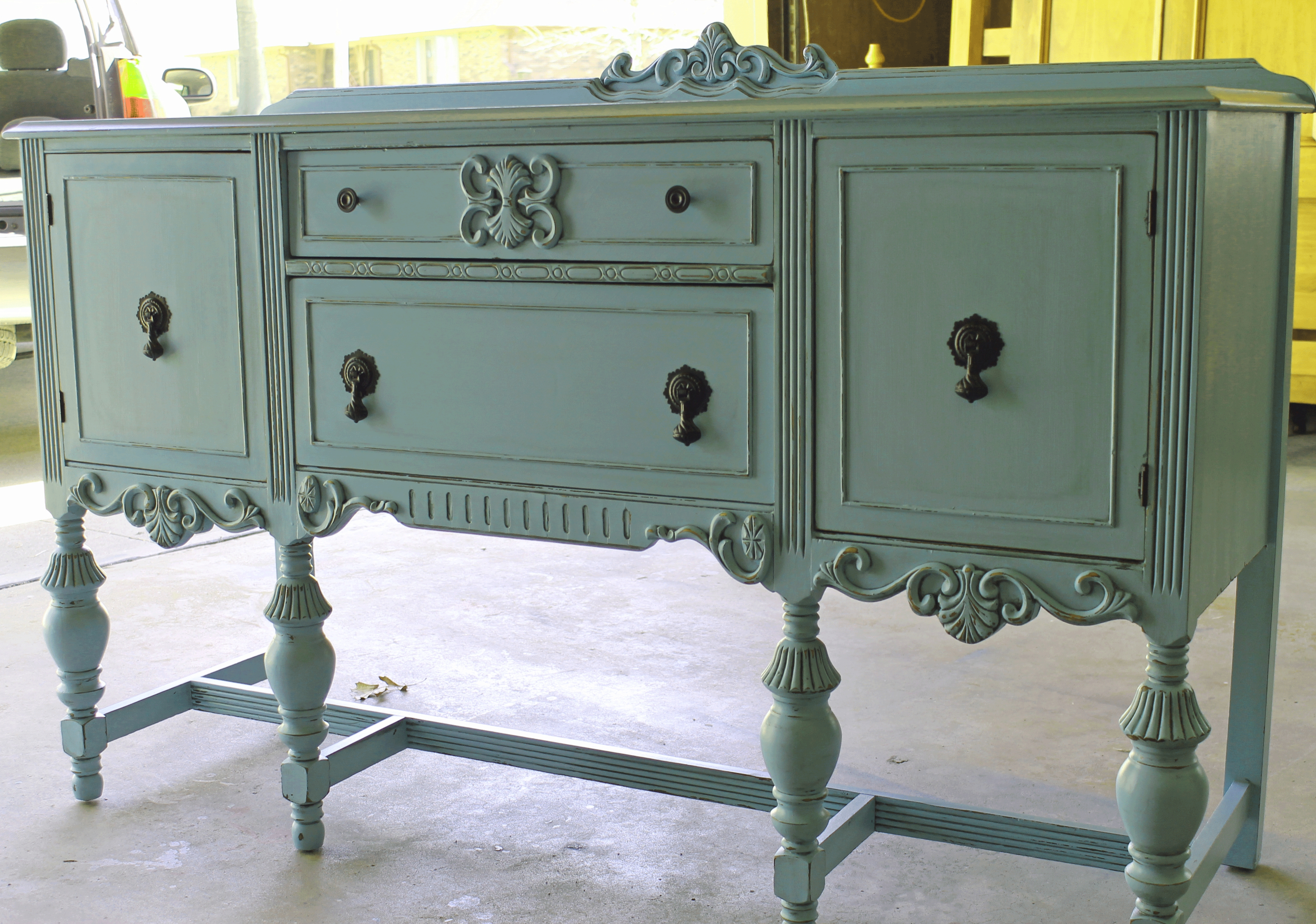 Shabby Chic Furniture - Graphicdesigns.co within Vintage Shabby Chic Wardrobes (Image 12 of 15)