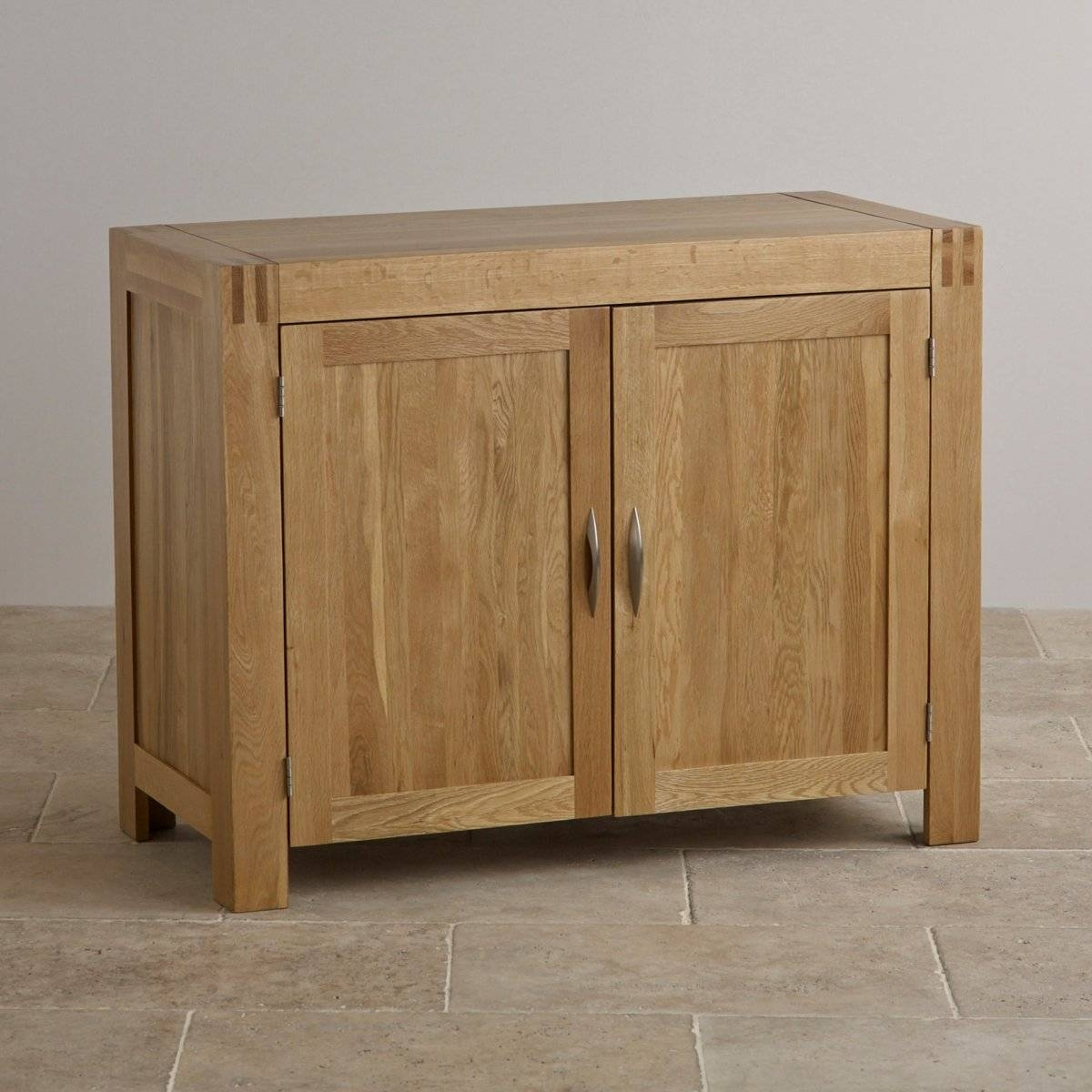 Sideboards. Awesome Small Sideboard Furniture: Small-Sideboard in Narrow Oak Sideboards (Image 19 of 30)