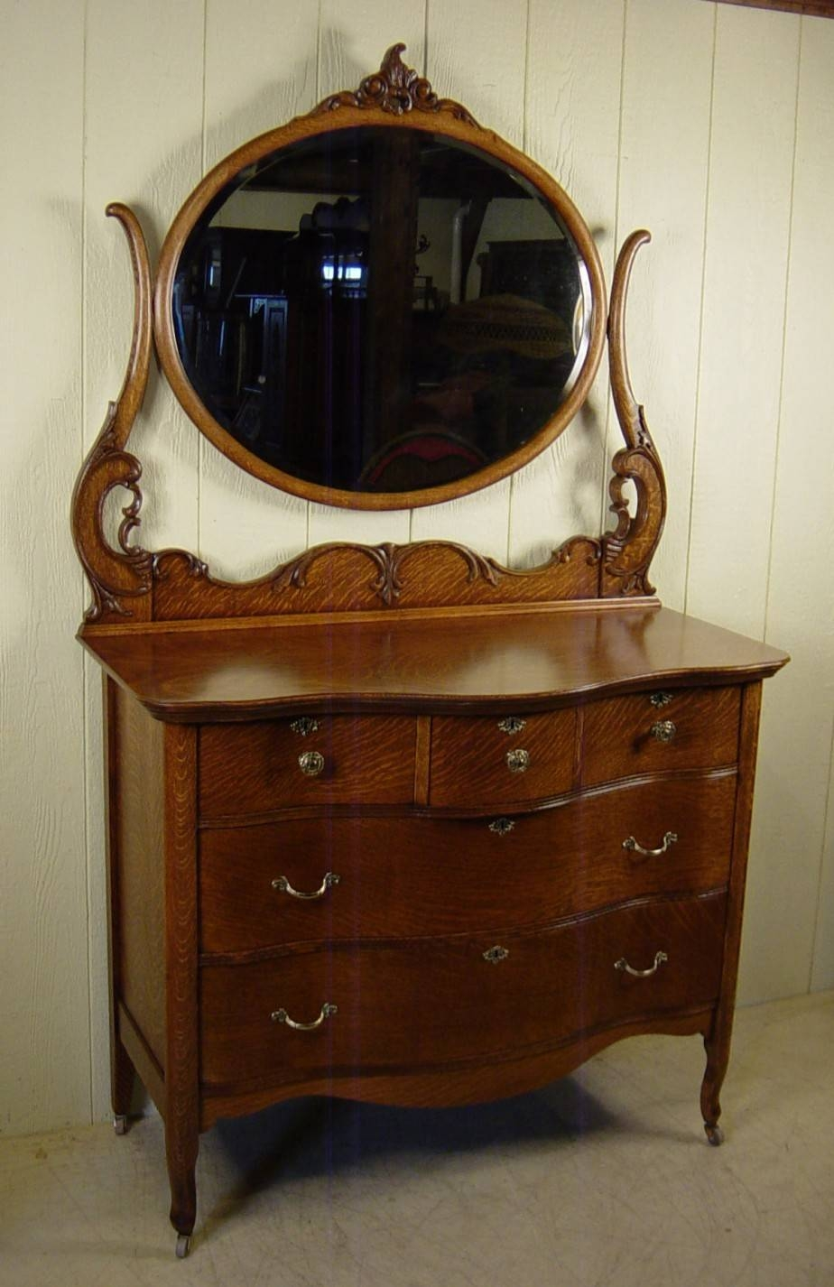 Small Antique Dresser With Mirror : Doherty House - How To Choose pertaining to Small Antique Mirrors (Image 21 of 25)