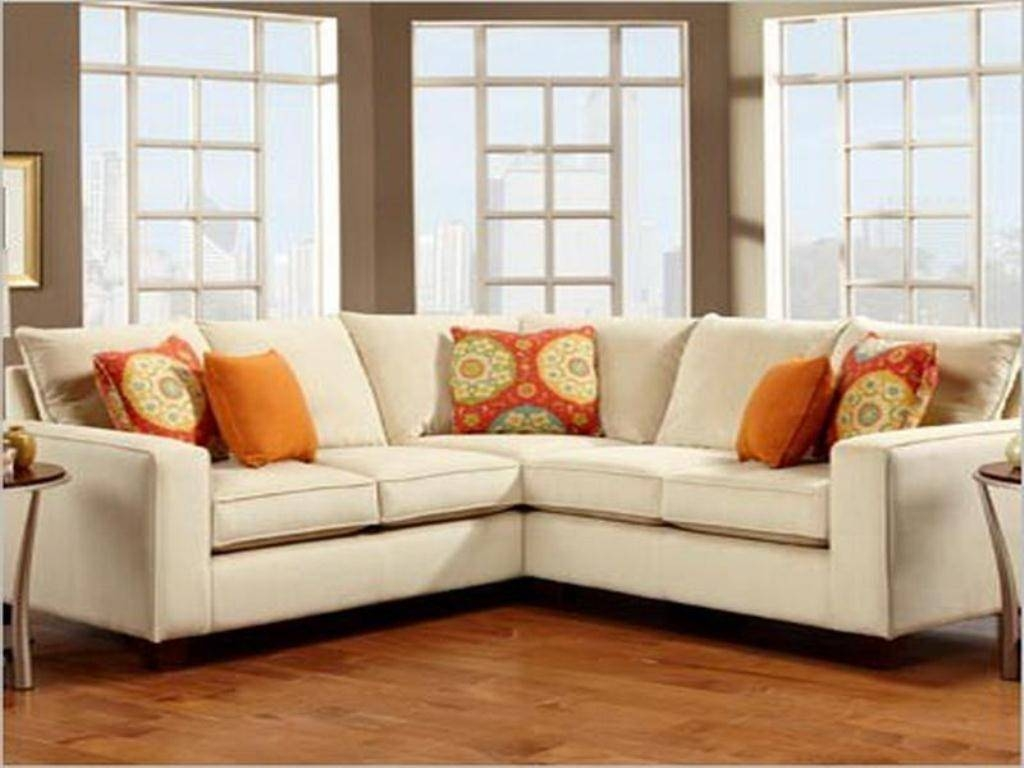 Small Sectional Couch. Plain Couches For Apartments Full Image 25 throughout Small Sectional Sofas For Small Spaces (Image 17 of 25)