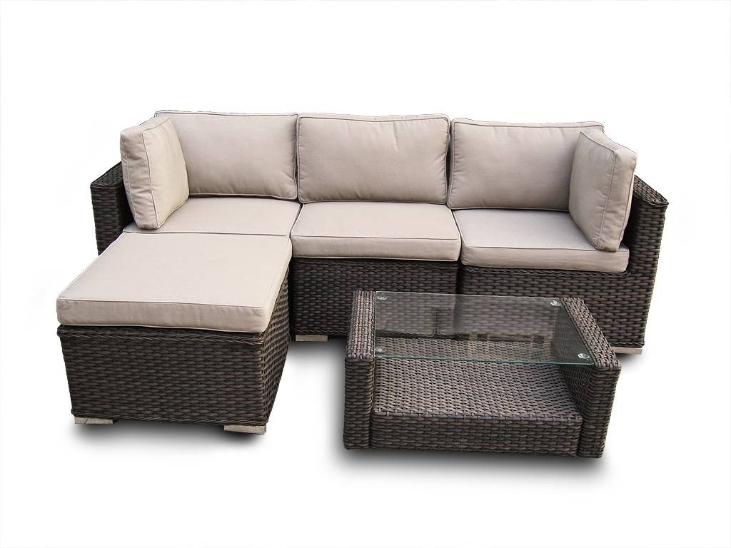 Small Sofa For Office Sofas And Loveseats With Pull Out Bed | Deseosol pertaining to Small Modular Sectional Sofa (Image 21 of 25)