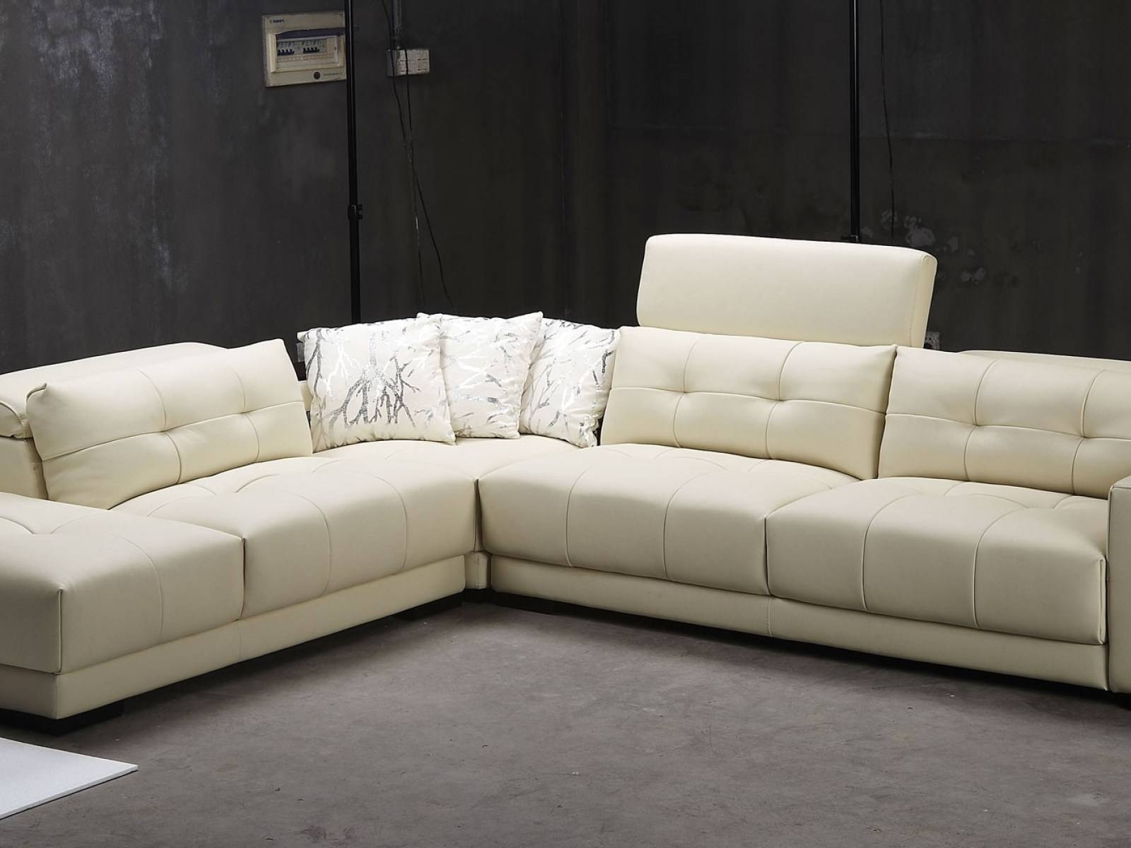Sofa: Comfort And Style Is Evident In This Dynamic With Tufted inside Round Sectional Sofa Bed (Image 24 of 25)