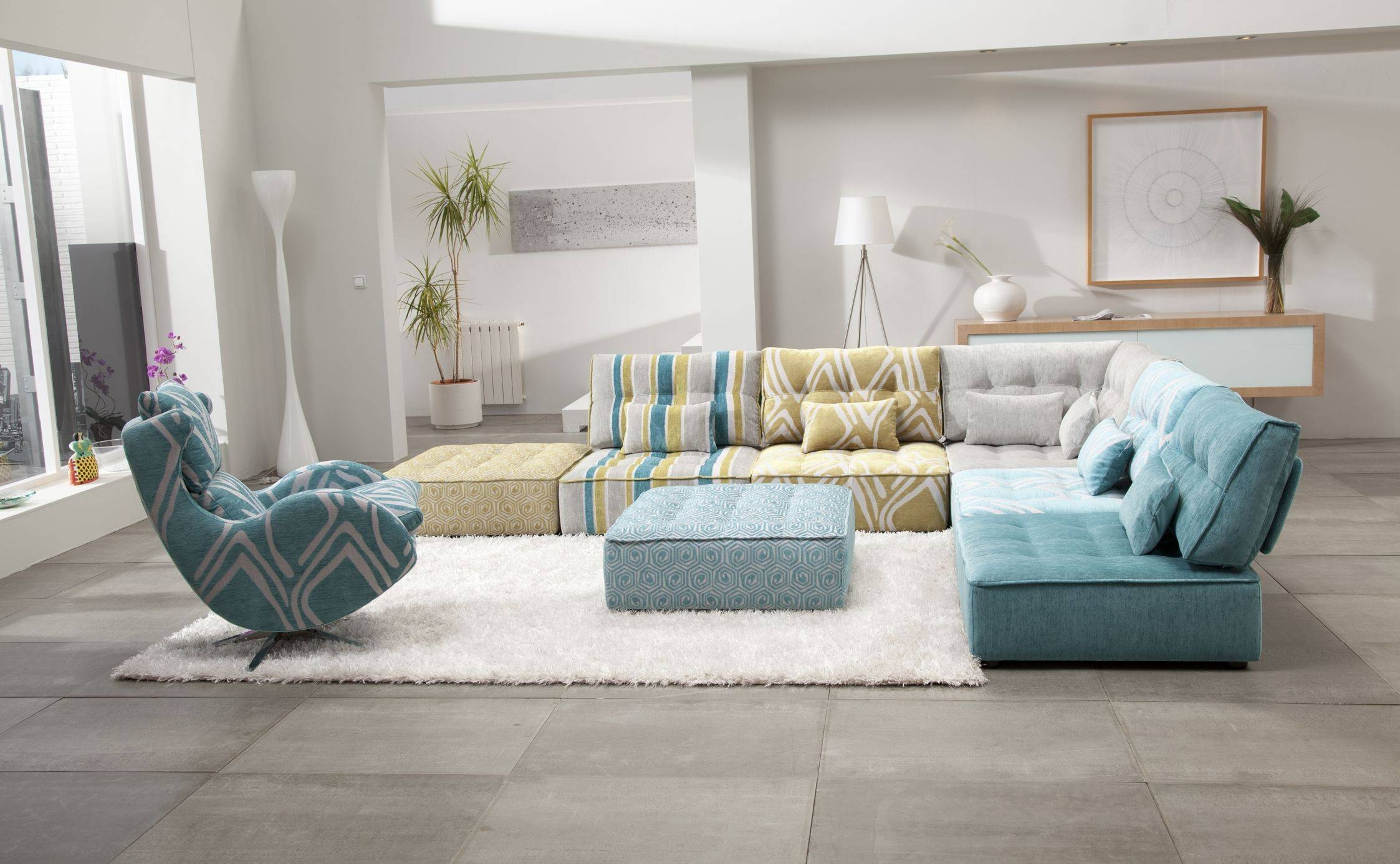 Sofa: Comfort And Style Is Evident In This Dynamic With Tufted inside Small Modular Sectional Sofa (Image 23 of 25)