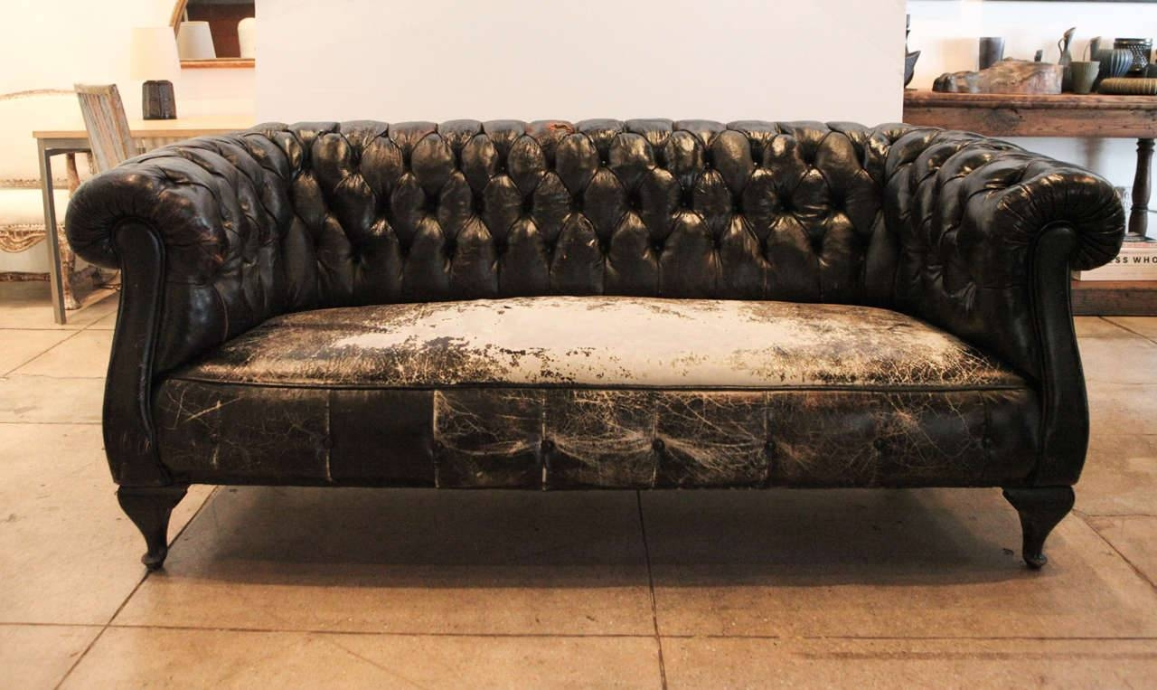 Storage Antique Chesterfield Sofas 24 With Antique Chesterfield for Leather Chesterfield Sofas (Image 24 of 30)