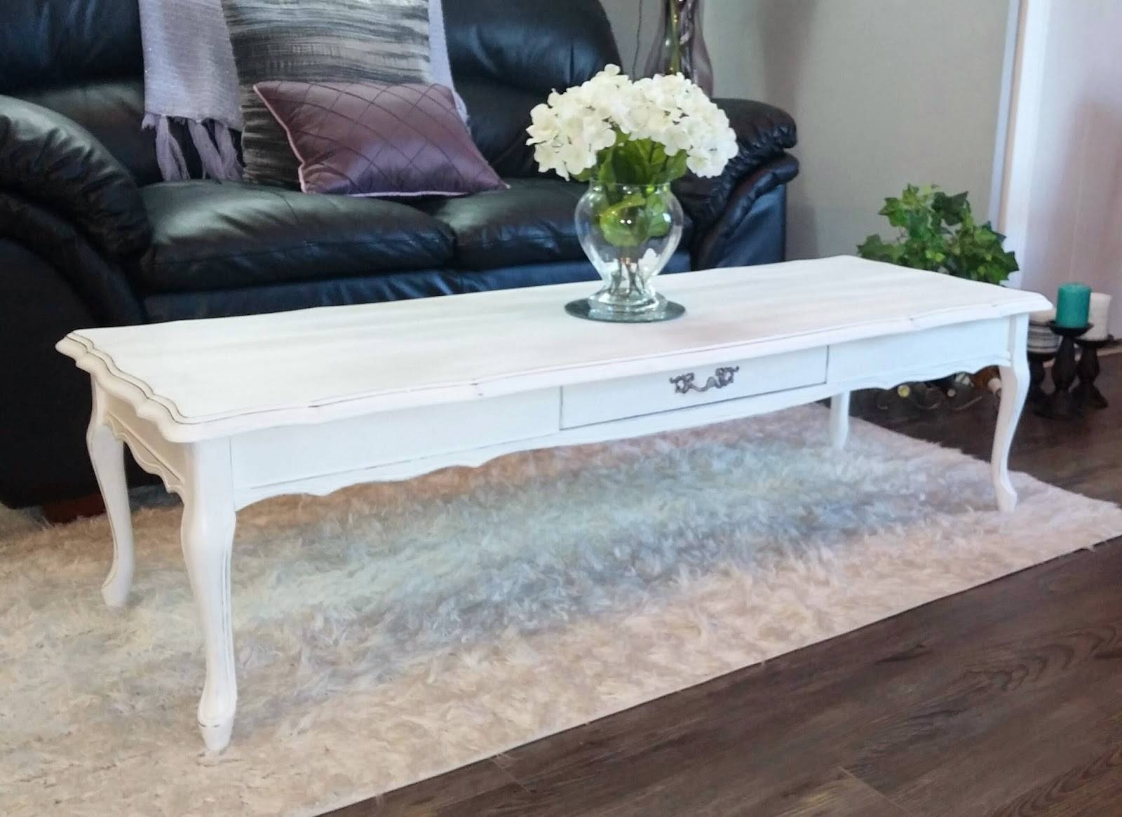 Table. Chic Coffee Table - Home Interior Design regarding White Oval Coffee Tables (Image 26 of 30)