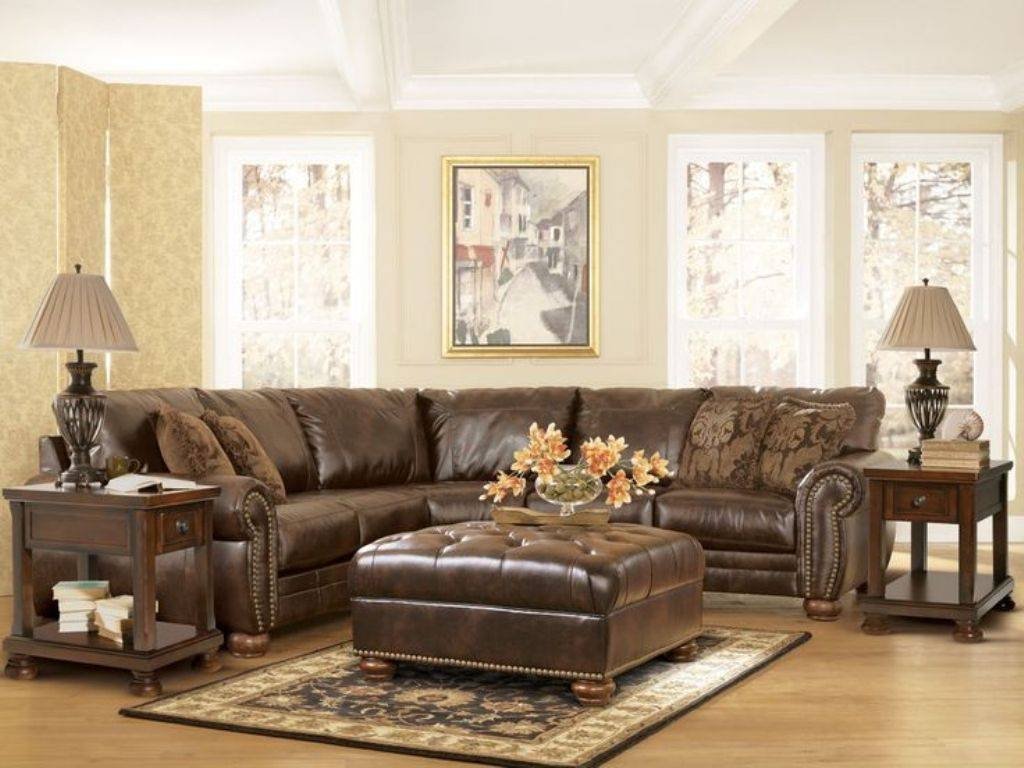 Traditional Carpet For Traditional Living Room Ideas Using Brown regarding Traditional Sectional Sofas Living Room Furniture (Image 18 of 25)