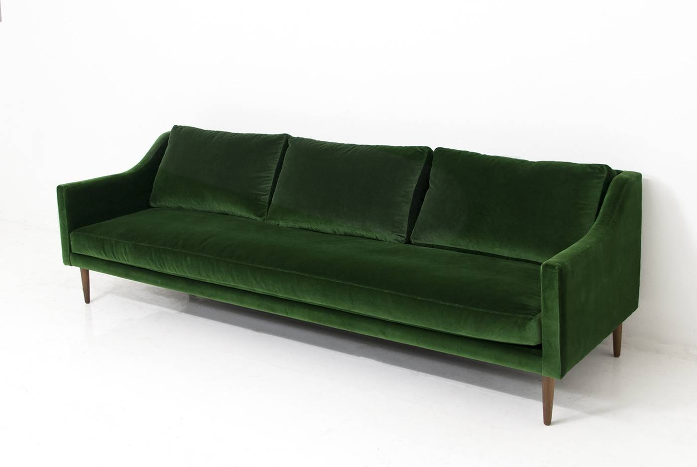 Trendy Velvet Sofas – Internationalinteriordesigns within Mod Sofas (Image 30 of 30)