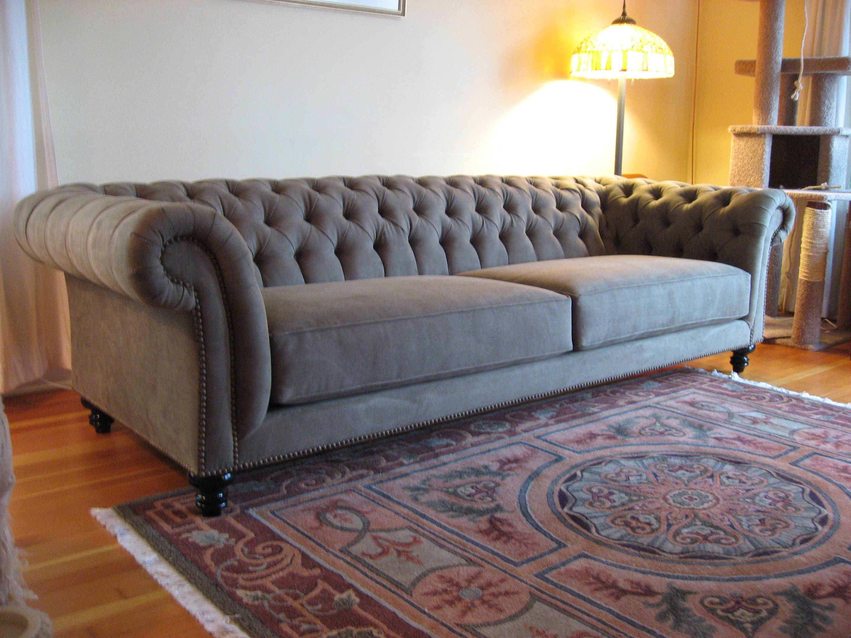 Tufted Chesterfield Sofa | Best Sofas Ideas - Sofascouch throughout Chesterfield Recliners (Image 27 of 30)