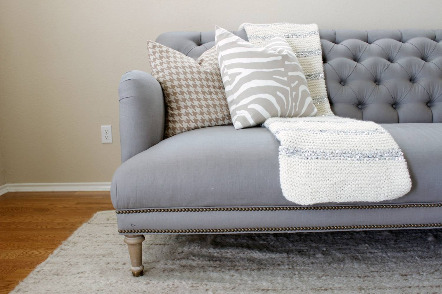 Tufted Linen Couches | Tehranmix Decoration pertaining to Tufted Linen Sofas (Image 29 of 30)