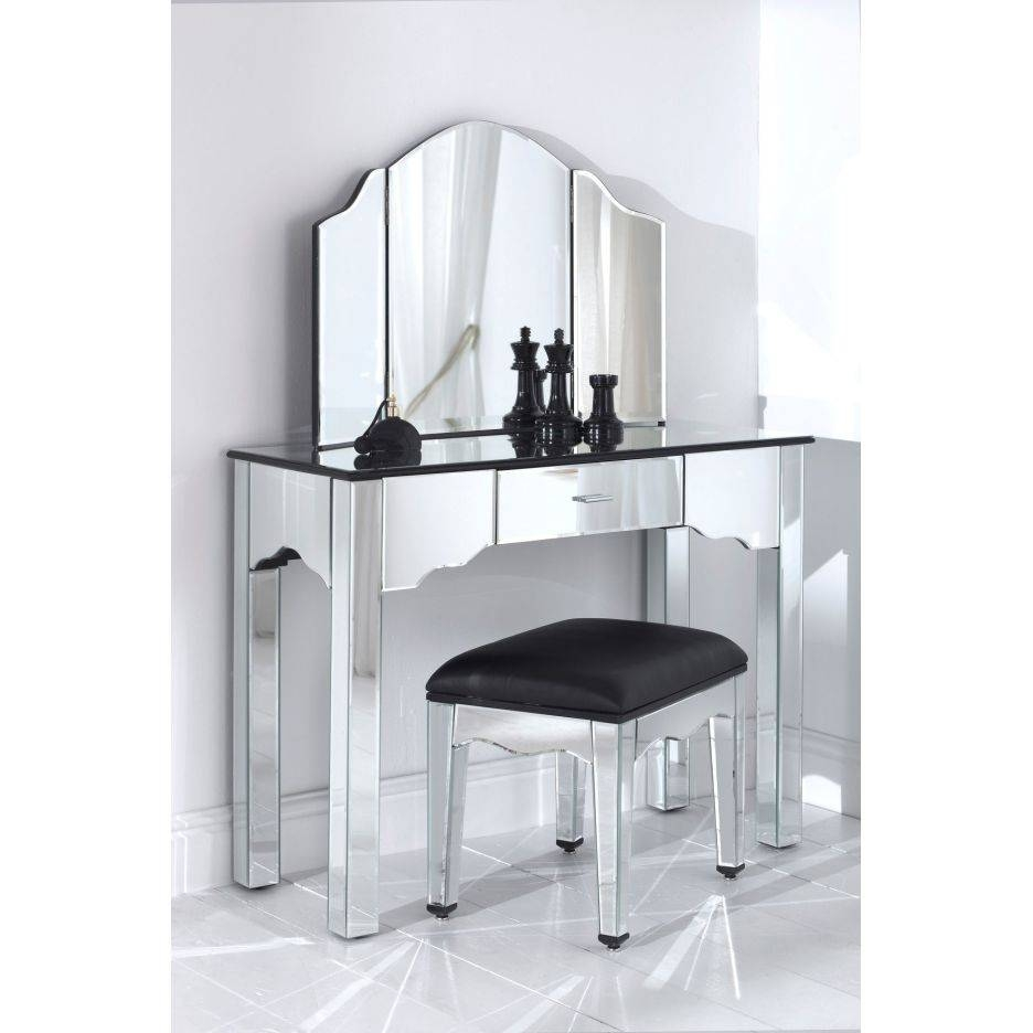Vanity Table Mirror Bedroom Hayworth For Inspiration for Small Table Mirrors (Image 21 of 25)