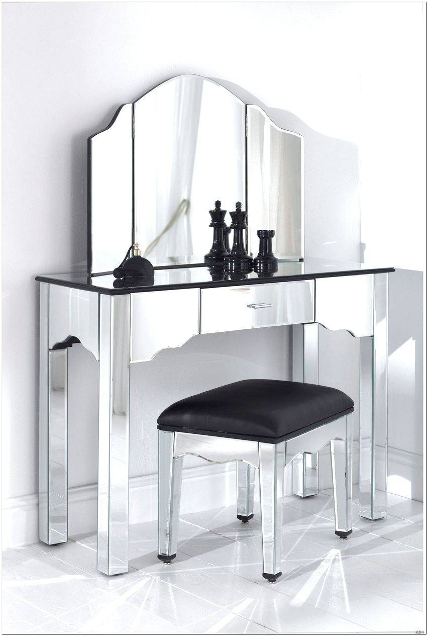 Venetian Dressing Table Mirror Design Ideas - Interior Design For regarding Venetian Table Mirrors (Image 17 of 25)