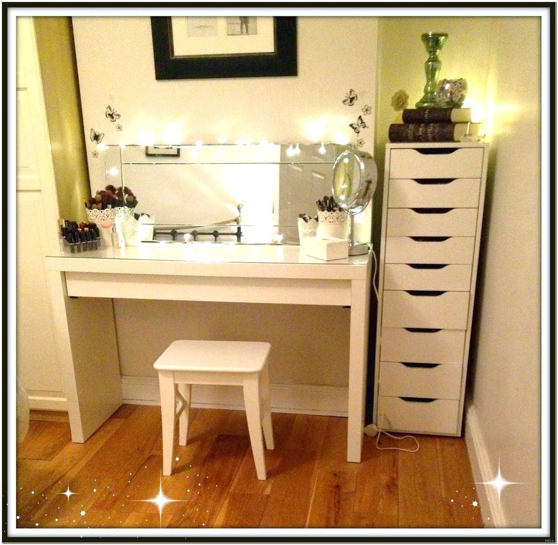 Venetian Dressing Table Mirrors Design Ideas - Interior Design For with Venetian Table Mirrors (Image 21 of 25)