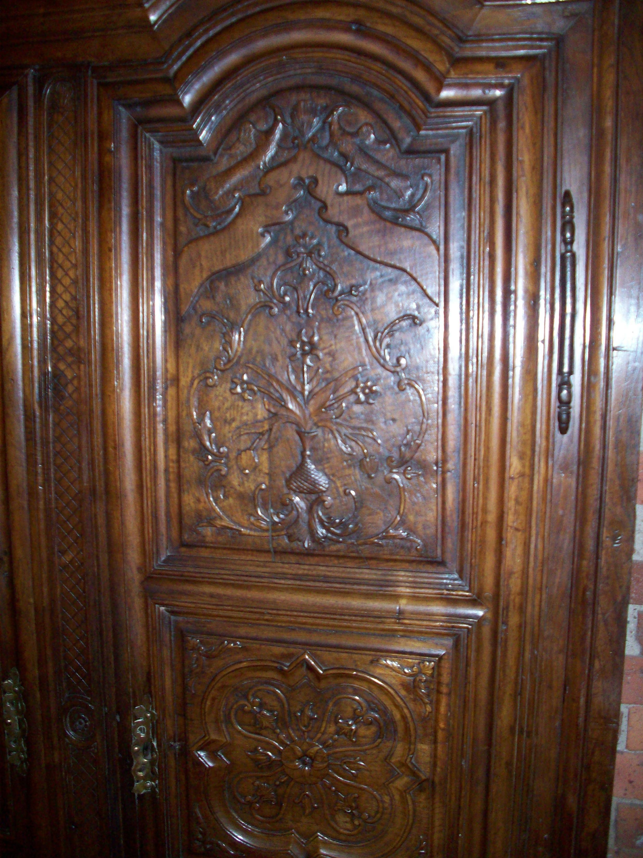 Very Unique Oak Double Wardrobe – In Our Showroom Now within Ornate Wardrobes (Image 15 of 15)