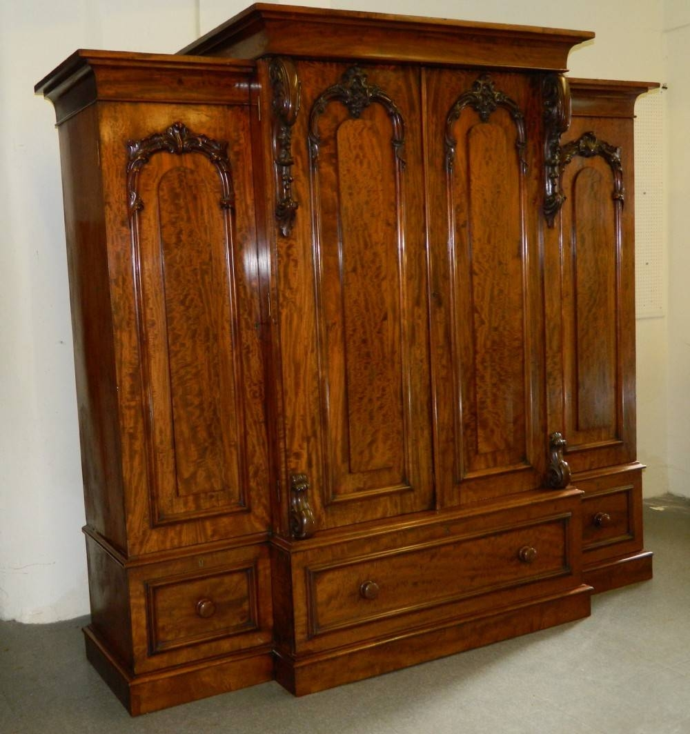 Victorian Mahogany Breakfront Wardrobe | 268052 | Sellingantiques with regard to Antique Breakfront Wardrobe (Image 25 of 30)