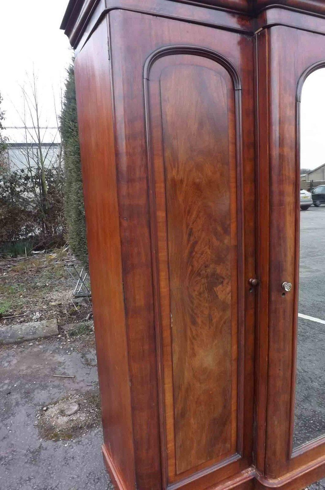 Victorian Mahogany Breakfront Wardrobe For Sale   Antiques in Victorian Mahogany Breakfront Wardrobe (Image 17 of 30)