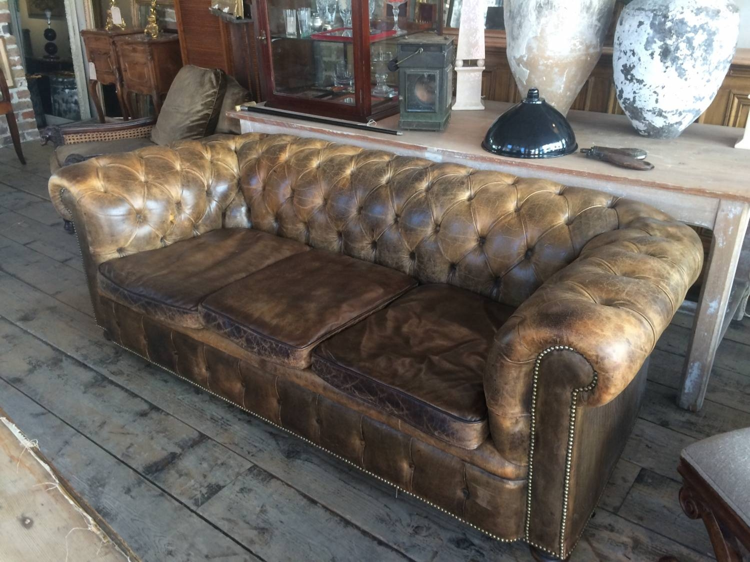 Vintage Chesterfield Sofa In Furniture with regard to Vintage Chesterfield Sofas (Image 22 of 30)