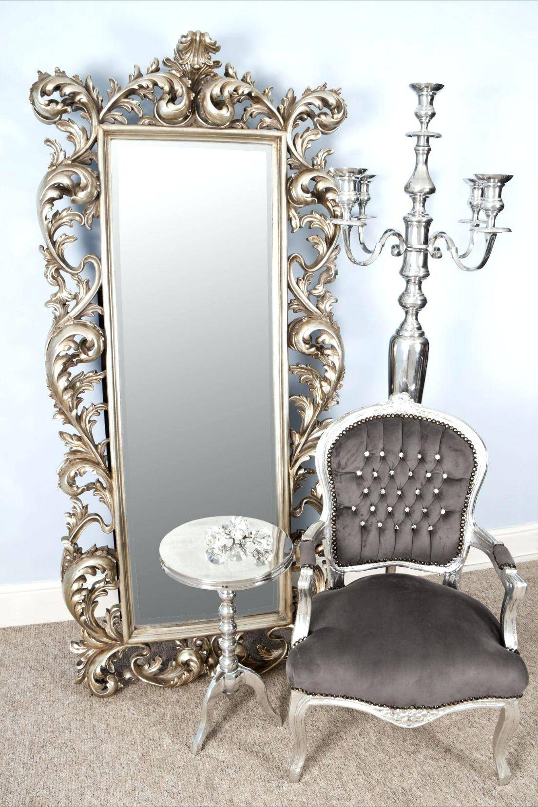 Vintage Looking Mirror In Beautiful Frameantique Style Mirrors for Antique Looking Mirrors (Image 25 of 25)