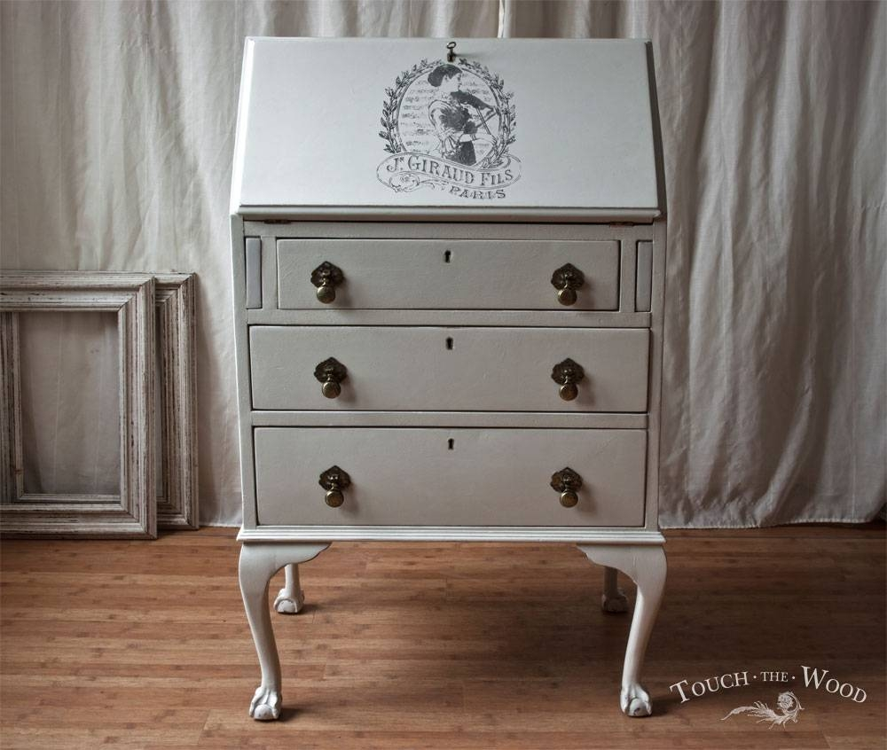Vintage Shabby Chic Bureau With Print No. 22   Touch The Wood Intended For Vintage Shabby Chic Wardrobes (Photo 6 of 15)