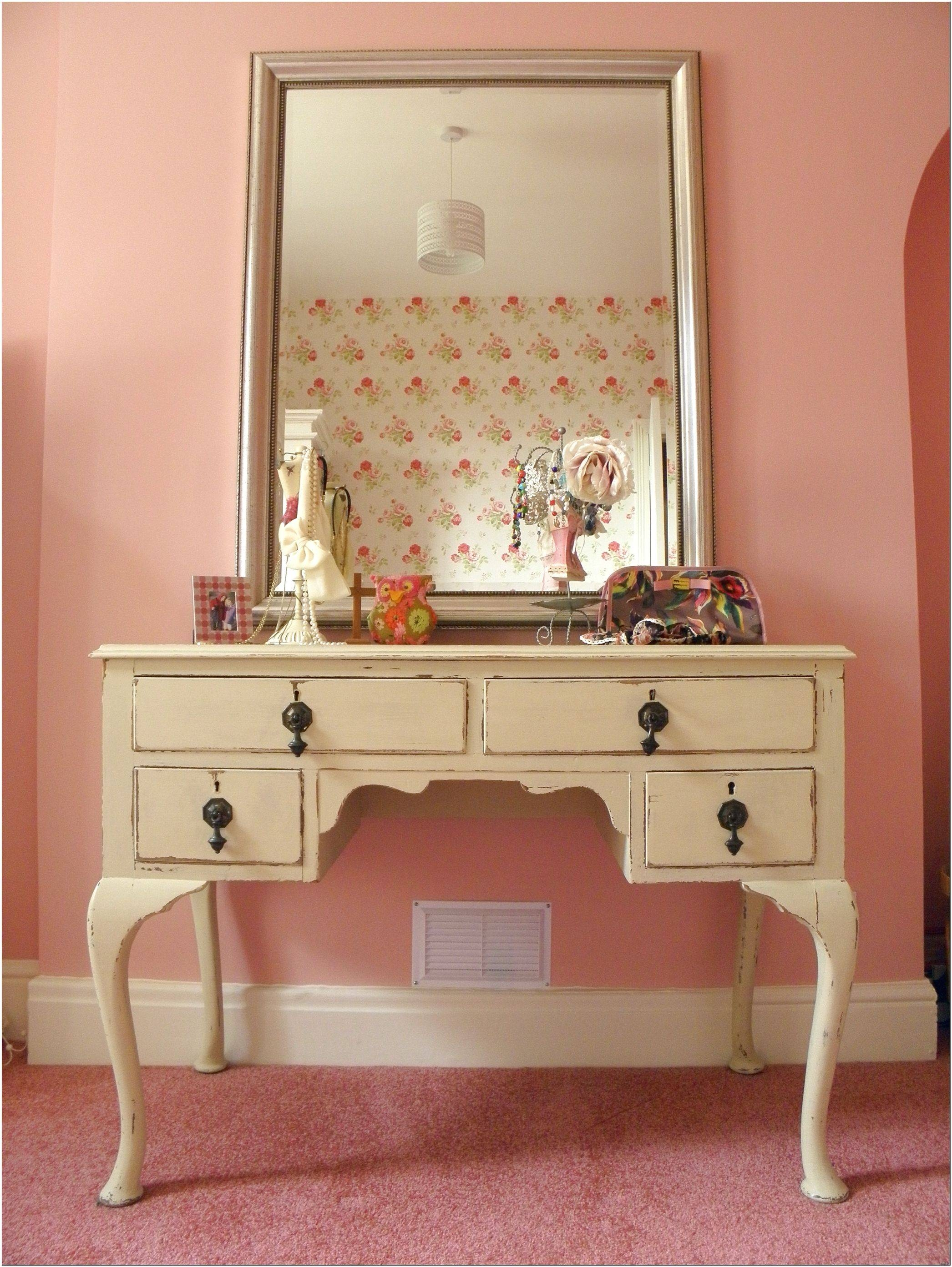Vintage Style Dressing Table Mirror Design Ideas - Interior Design in Vintage Style Mirrors (Image 22 of 25)