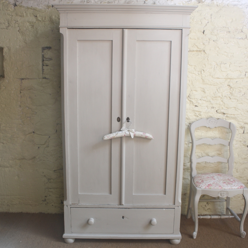 Vintage Wardrobe Paint And Design - Furnitureanddecors/decor with regard to Old Fashioned Wardrobes for Sale (Image 12 of 15)
