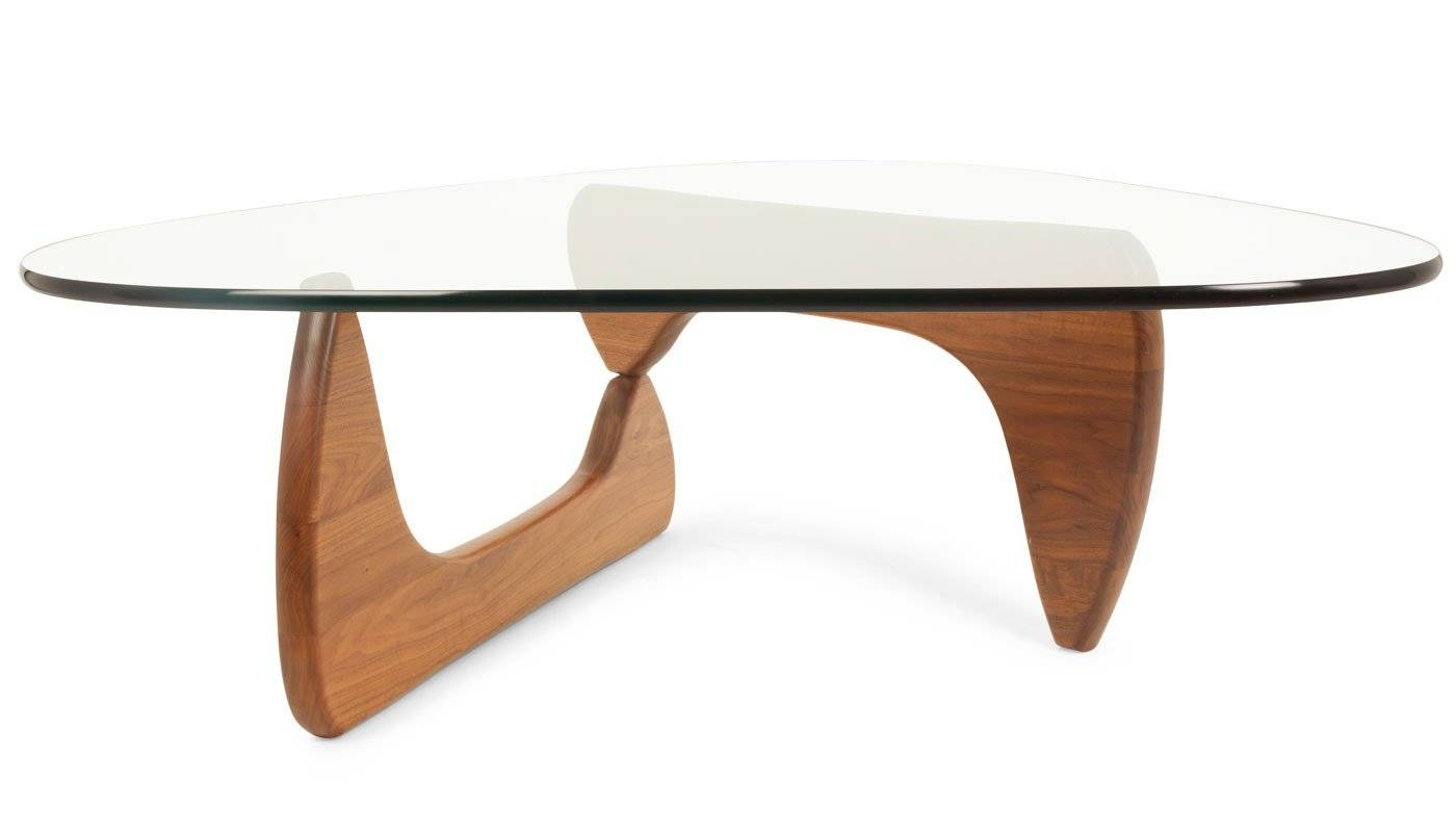 Vitra Noguchi Coffee Table with Oval Walnut Coffee Tables (Image 29 of 30)