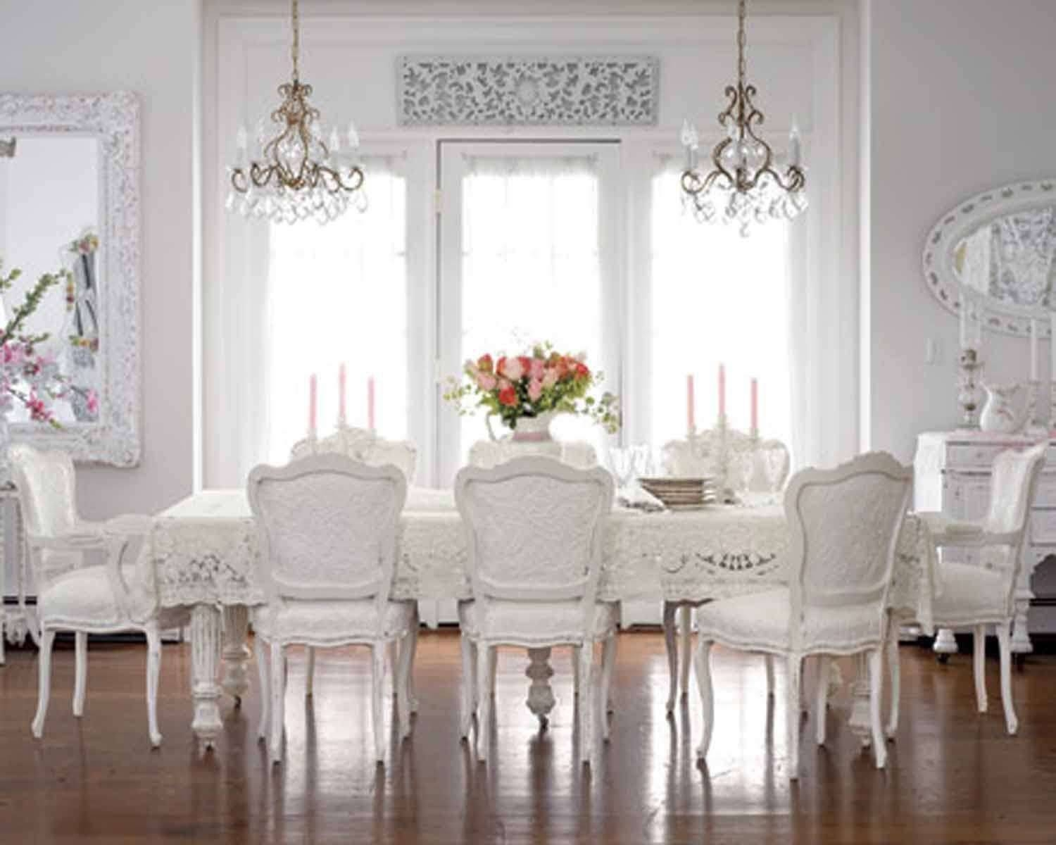 Welcoming Shabby Chic Dining Room With Floor Mirror And White regarding Shabby Chic Floor Mirrors (Image 24 of 25)
