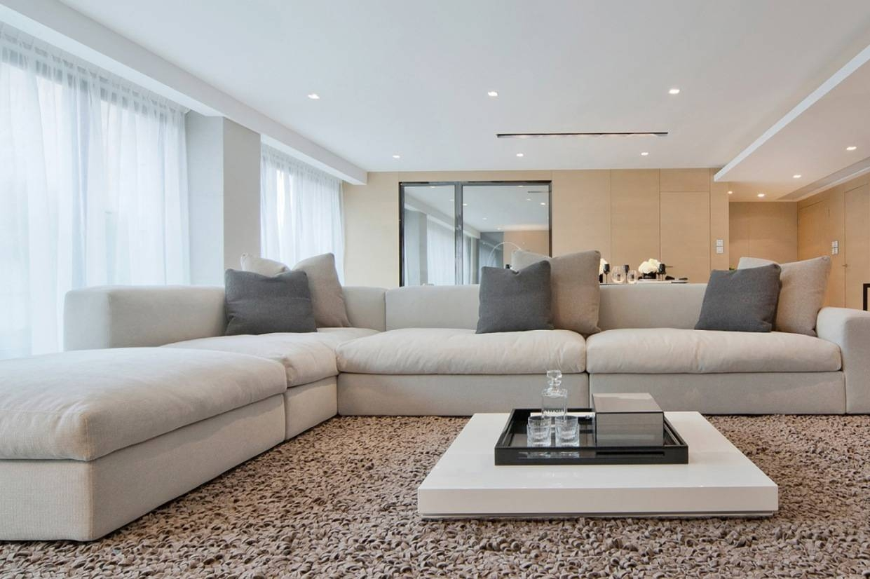 Well These Two Add Dramatic Touch To Interiors And Look Of Your Pertaining To Large Low White Coffee Tables (View 20 of 30)