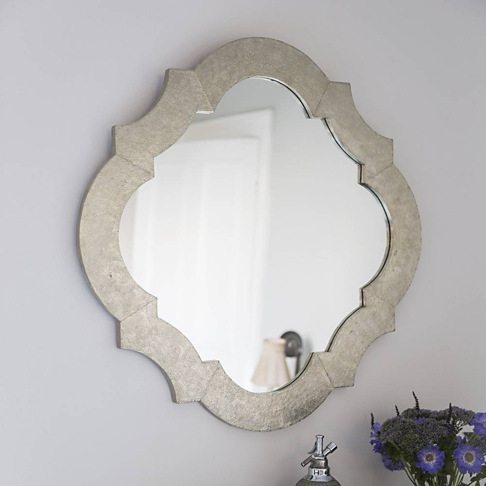 Featured Photo of White Metal Mirrors