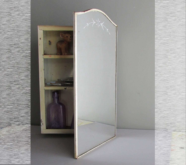White Vintage Medicine Cabinet : Build A Vintage Medicine Cabinet regarding Curved Wardrobe Doors (Image 30 of 30)