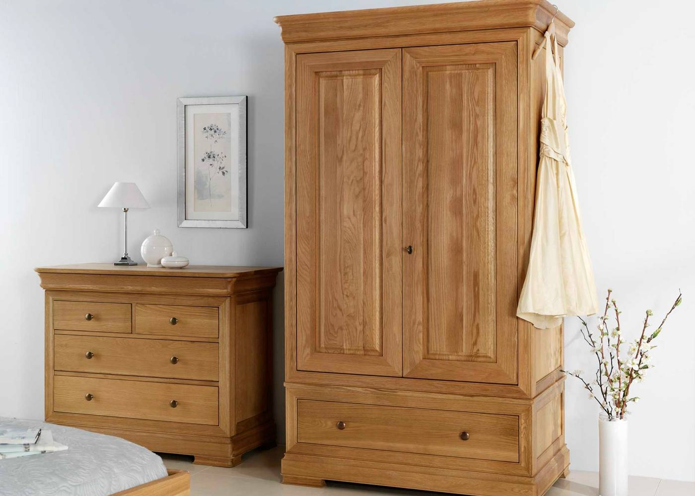 Willis & Gambier Lyon Double Wardrobe – Midfurn Furniture Superstore Within Willis And Gambier Wardrobes (View 15 of 15)