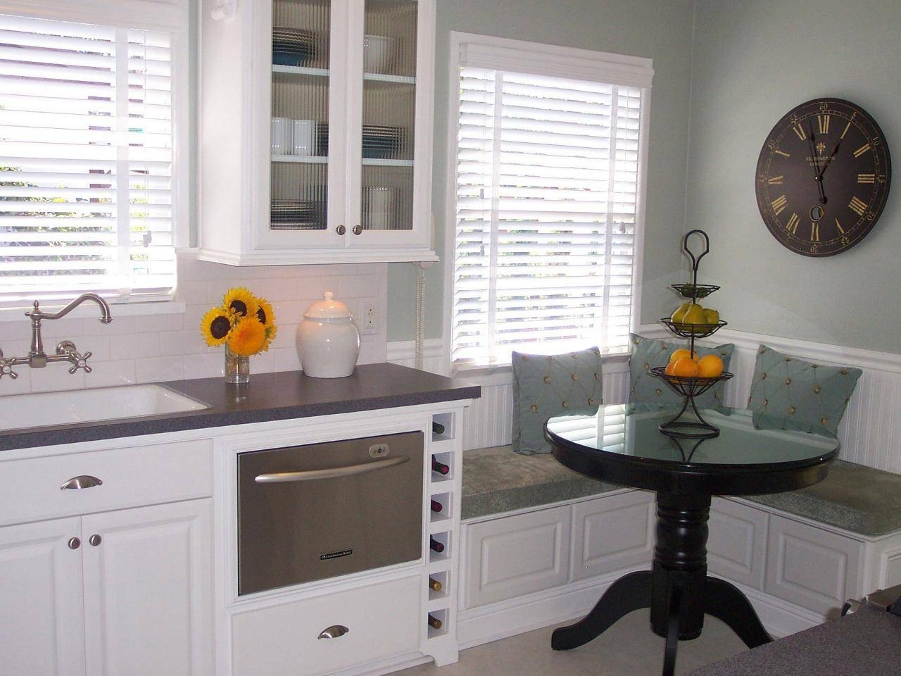 Winsome Banquette Corner Seating 135 Corner Kitchen Banquette with Corner Seating Ideas (Image 30 of 30)