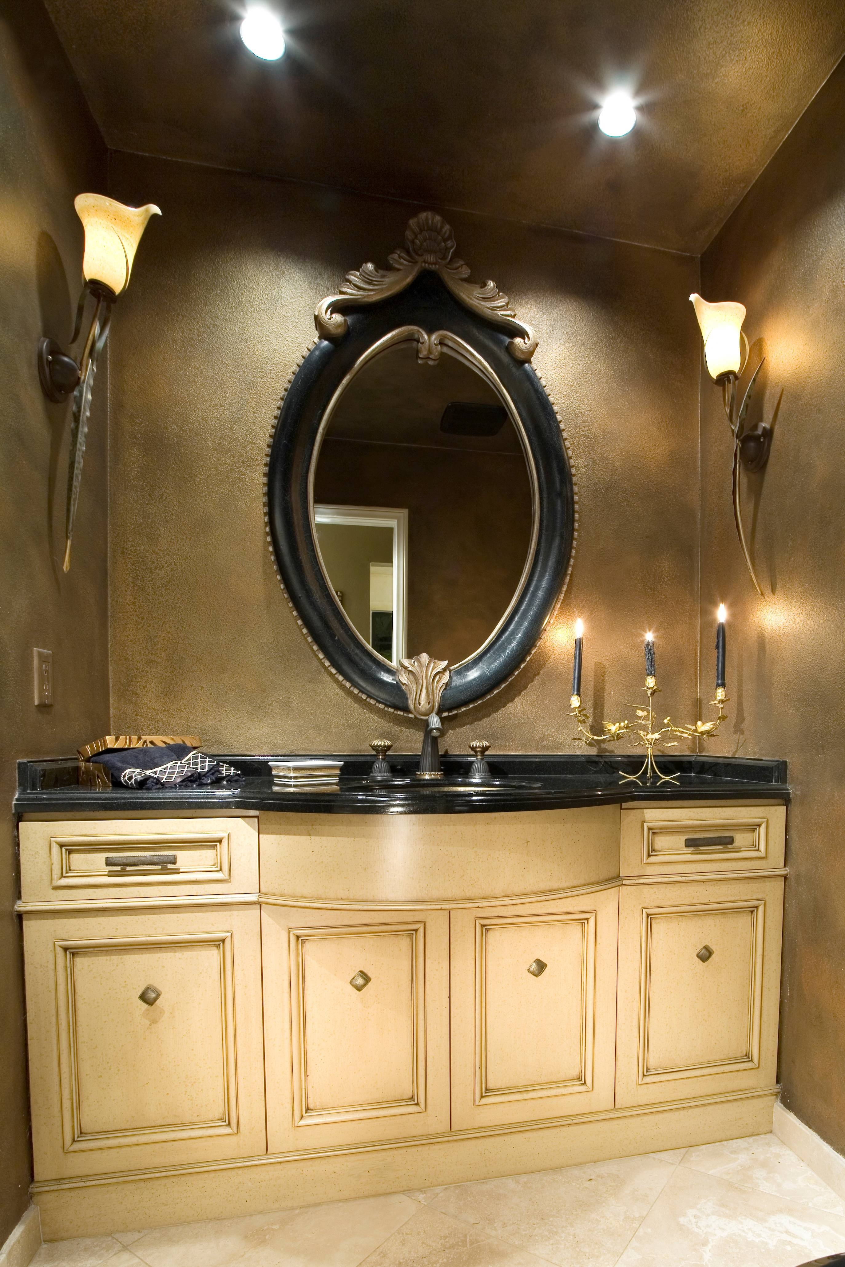 Wondrous Bronze Tone Bathroom In Home Decor Combine Pretty Art throughout Deco Bathroom Mirrors (Image 25 of 25)