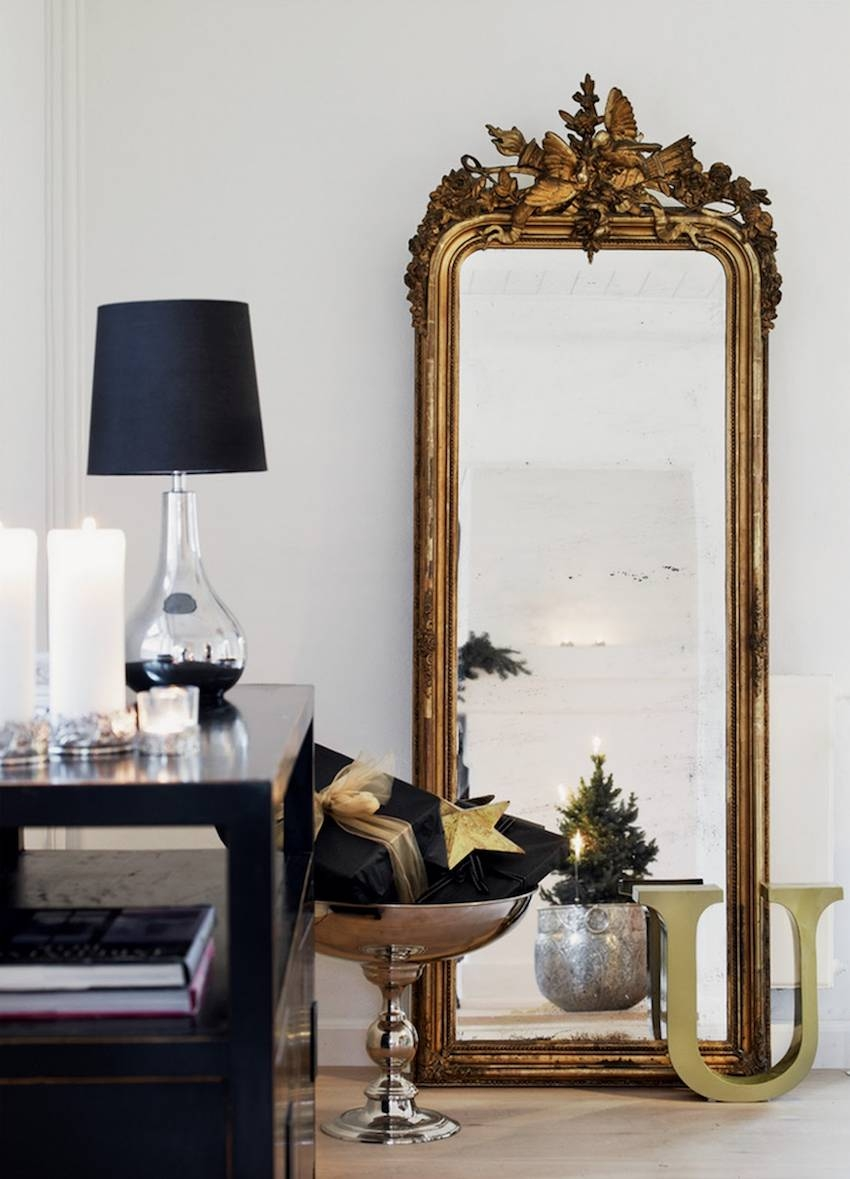 10 Impressive Oversized Mirrors To Make Any Room Feel Bigger intended for Oversized Mirrors (Image 1 of 15)