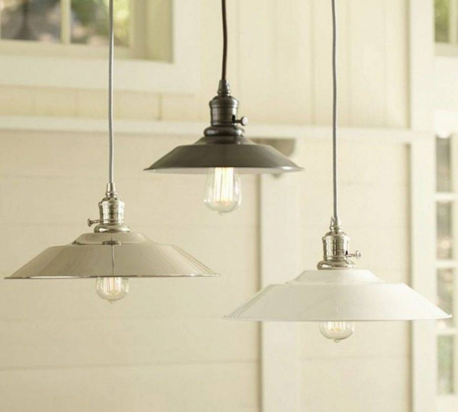 2017 Home Remodeling And Furniture Layouts Trends Pictures With Regard To Paxton Glass 3 Lights Pendants (View 4 of 15)