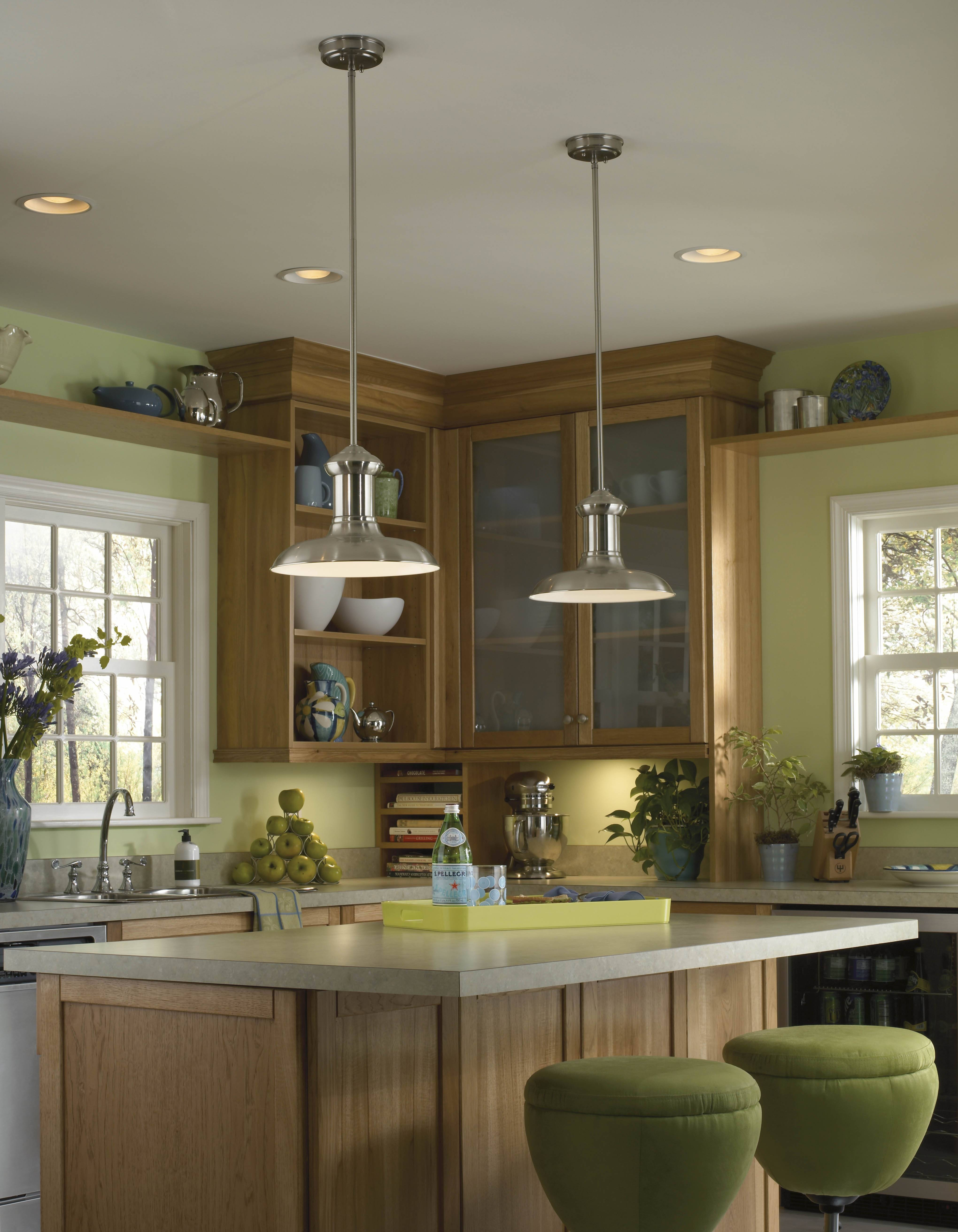 Amazing Of Mini Pendant Lights Over Kitchen Island On House Decor In Single Pendant Lighting For Kitchen Island (View 1 of 15)