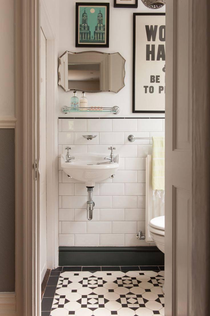 Best 25+ Vintage Bathrooms Ideas On Pinterest | Cottage Bathroom inside Antique Mirrors for Bathrooms (Image 9 of 15)